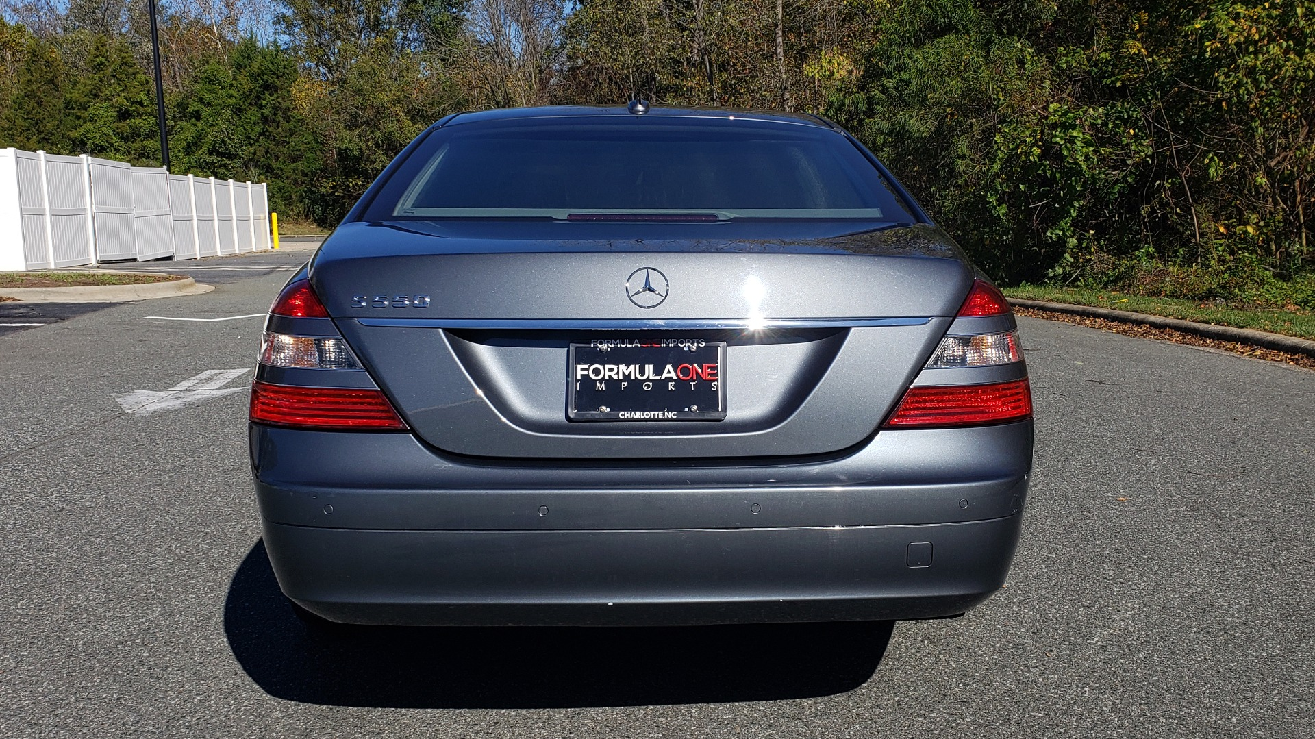 Used 2007 Mercedes-Benz S-CLASS S550 5.5L V8 / LWB / PREM 2 / NAV / SUNROOF / KEYLESS-GO for sale Sold at Formula Imports in Charlotte NC 28227 30