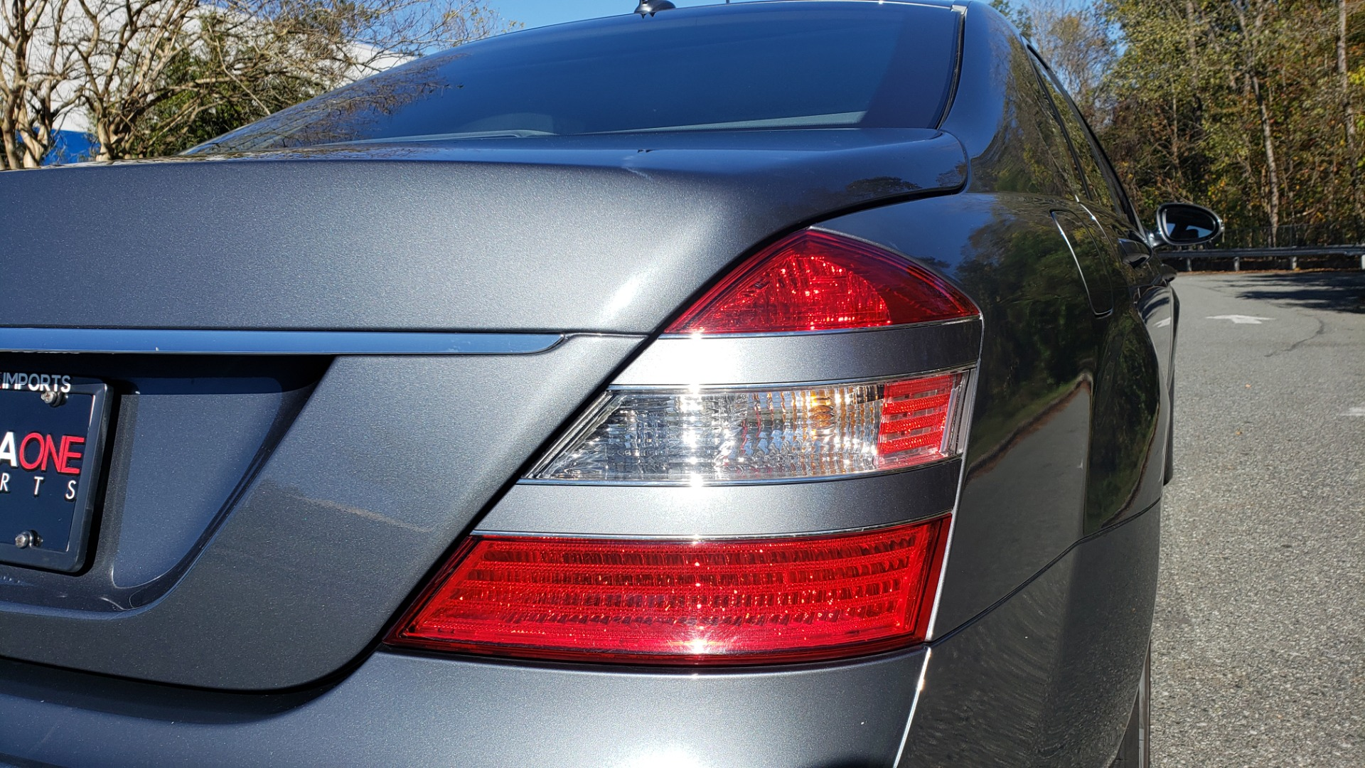 Used 2007 Mercedes-Benz S-CLASS S550 5.5L V8 / LWB / PREM 2 / NAV / SUNROOF / KEYLESS-GO for sale Sold at Formula Imports in Charlotte NC 28227 32