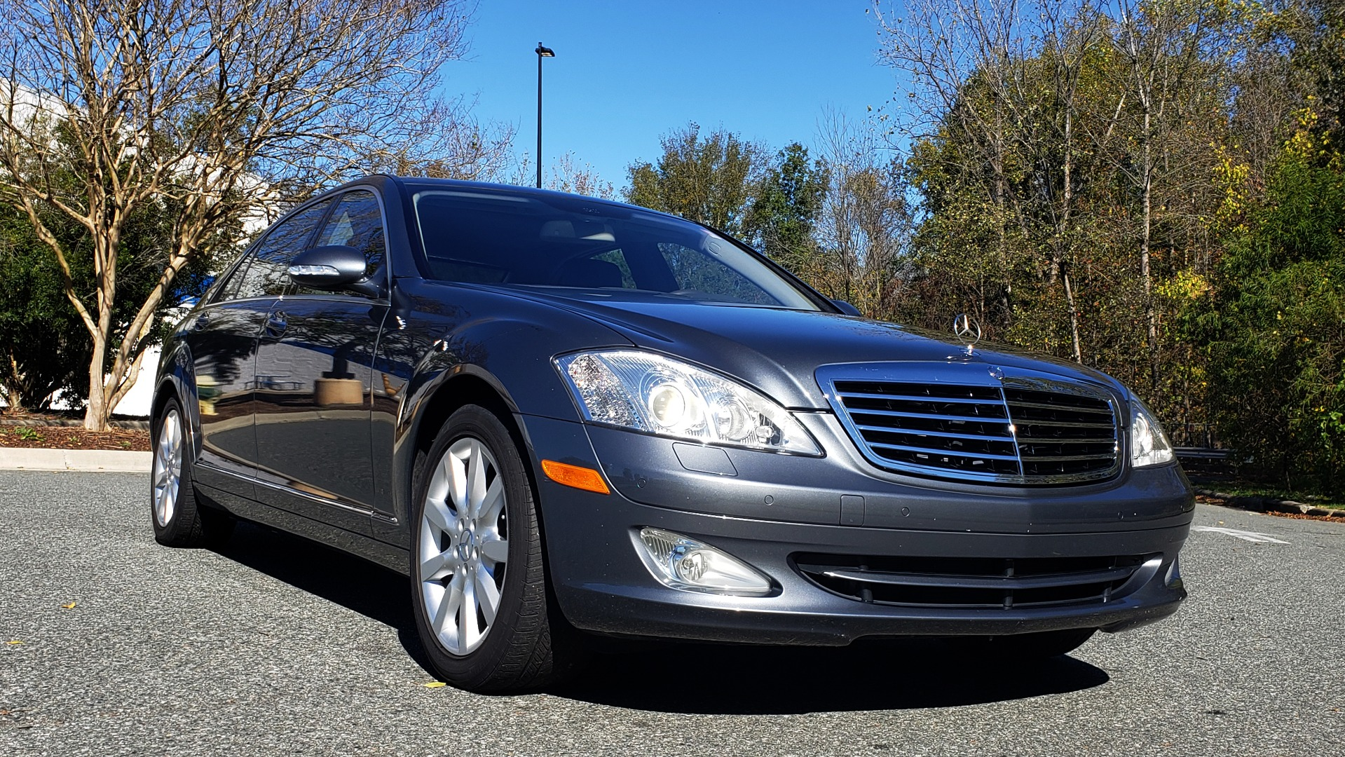 Used 2007 Mercedes-Benz S-CLASS S550 5.5L V8 / LWB / PREM 2 / NAV / SUNROOF / KEYLESS-GO for sale Sold at Formula Imports in Charlotte NC 28227 7