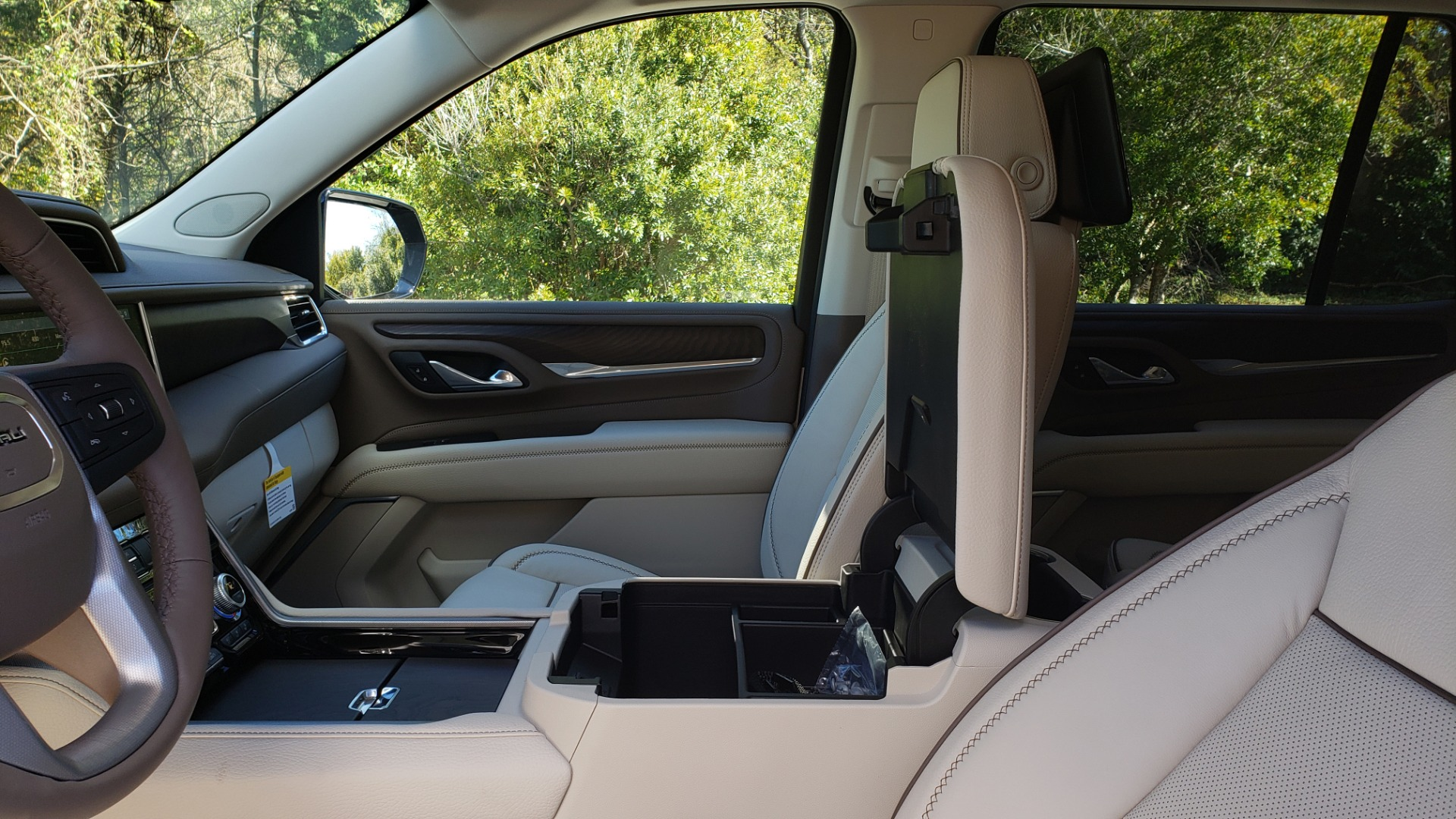 Used 2021 GMC YUKON DENALI PREMIUM 4WD / NAV / ADVANCED TECH / ENTERTAINMENT for sale Sold at Formula Imports in Charlotte NC 28227 62