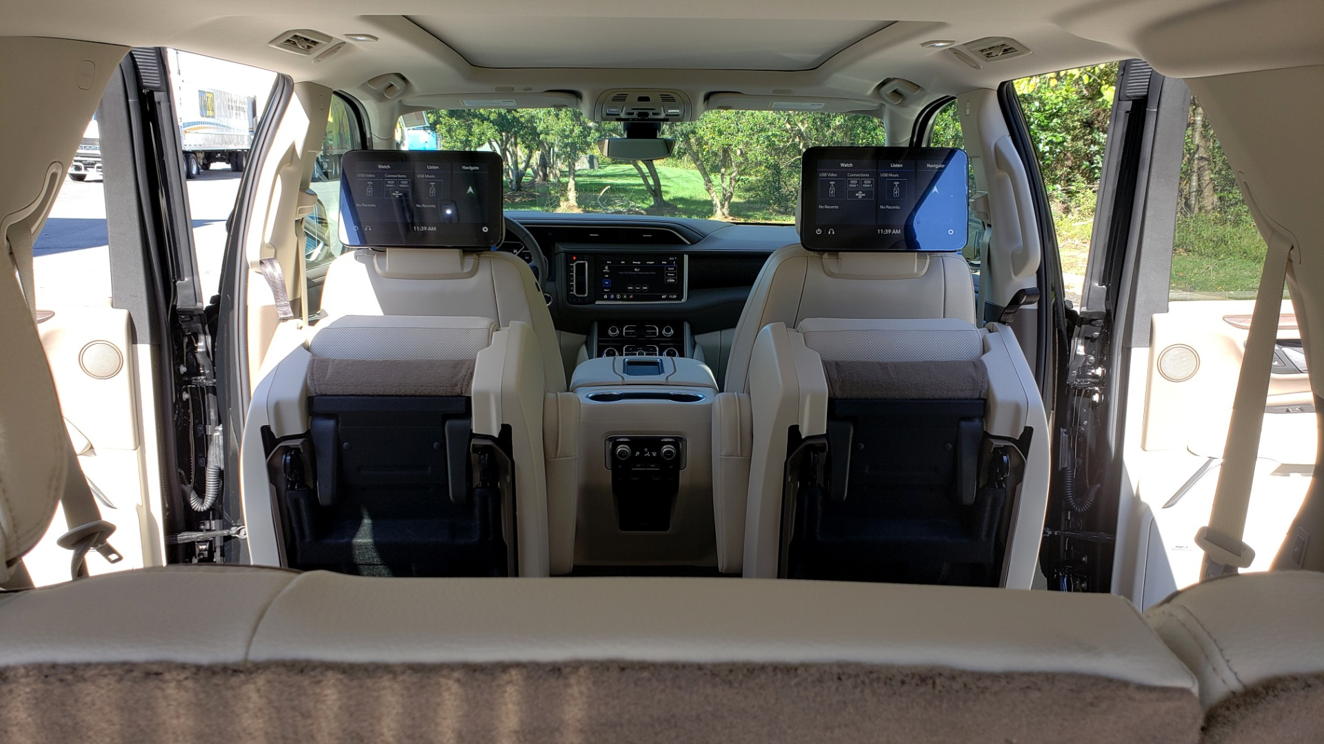 Used 2021 GMC YUKON DENALI PREMIUM 4WD / NAV / ADVANCED TECH / ENTERTAINMENT for sale Sold at Formula Imports in Charlotte NC 28227 79