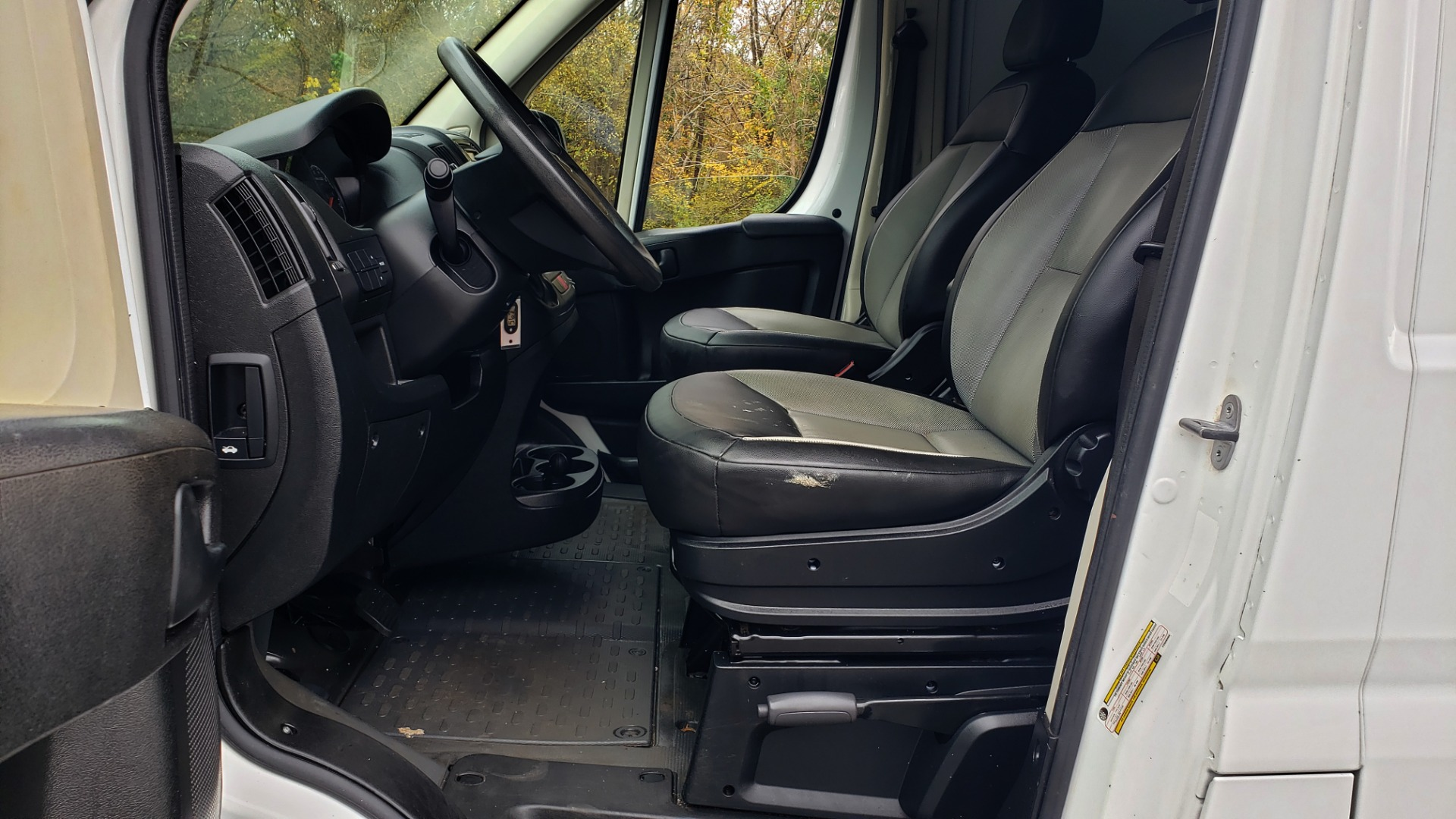 Used 2015 Ram PROMASTER CARGO VAN 136-INCH WB / LOW ROOF / LADDER RACK / INSIDE RACKS for sale Sold at Formula Imports in Charlotte NC 28227 32