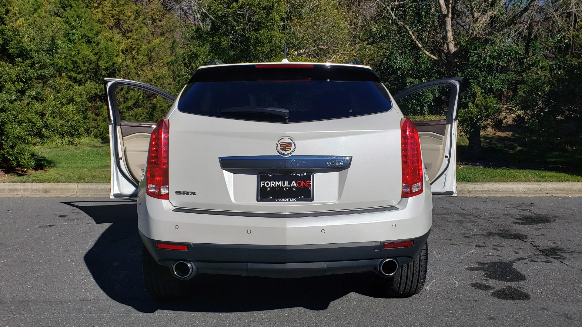 Used 2011 Cadillac SRX PERFORMANCE COLLECTION / ENT SYS / BOSE / REARVIEW for sale $15,999 at Formula Imports in Charlotte NC 28227 26