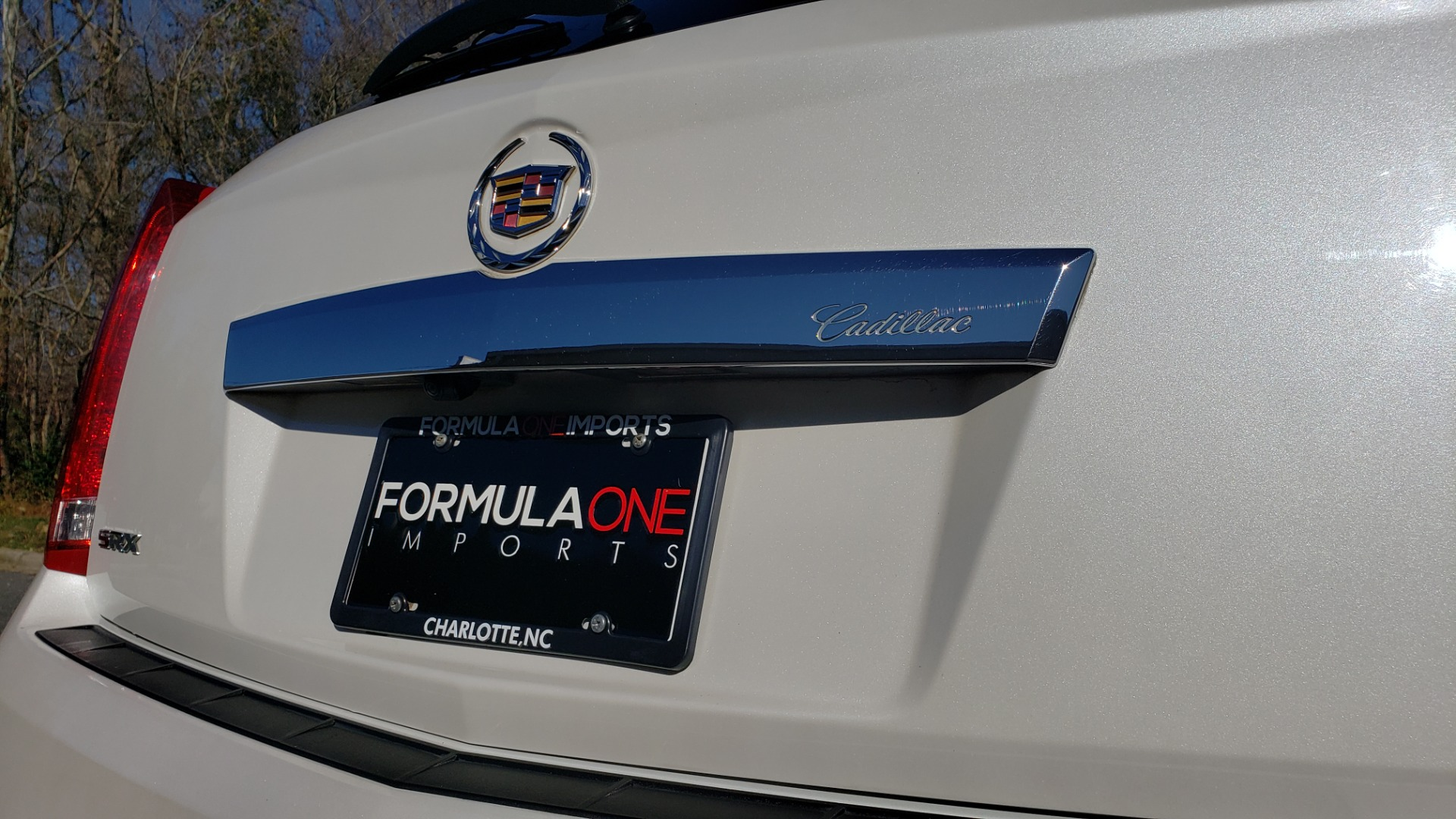 Used 2011 Cadillac SRX PERFORMANCE COLLECTION / ENT SYS / BOSE / REARVIEW for sale $15,999 at Formula Imports in Charlotte NC 28227 29