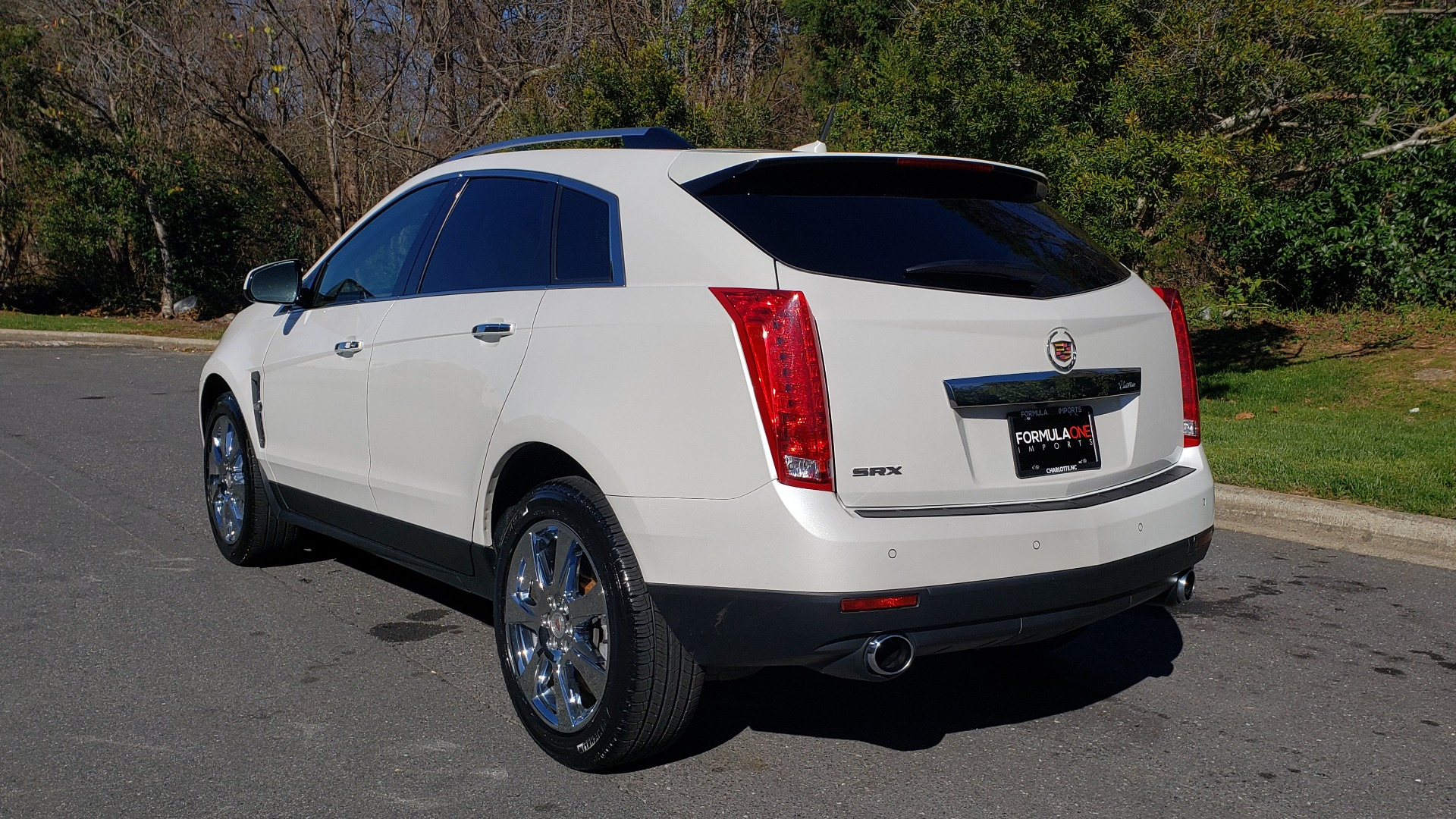 Used 2011 Cadillac SRX PERFORMANCE COLLECTION / ENT SYS / BOSE / REARVIEW for sale $15,999 at Formula Imports in Charlotte NC 28227 3