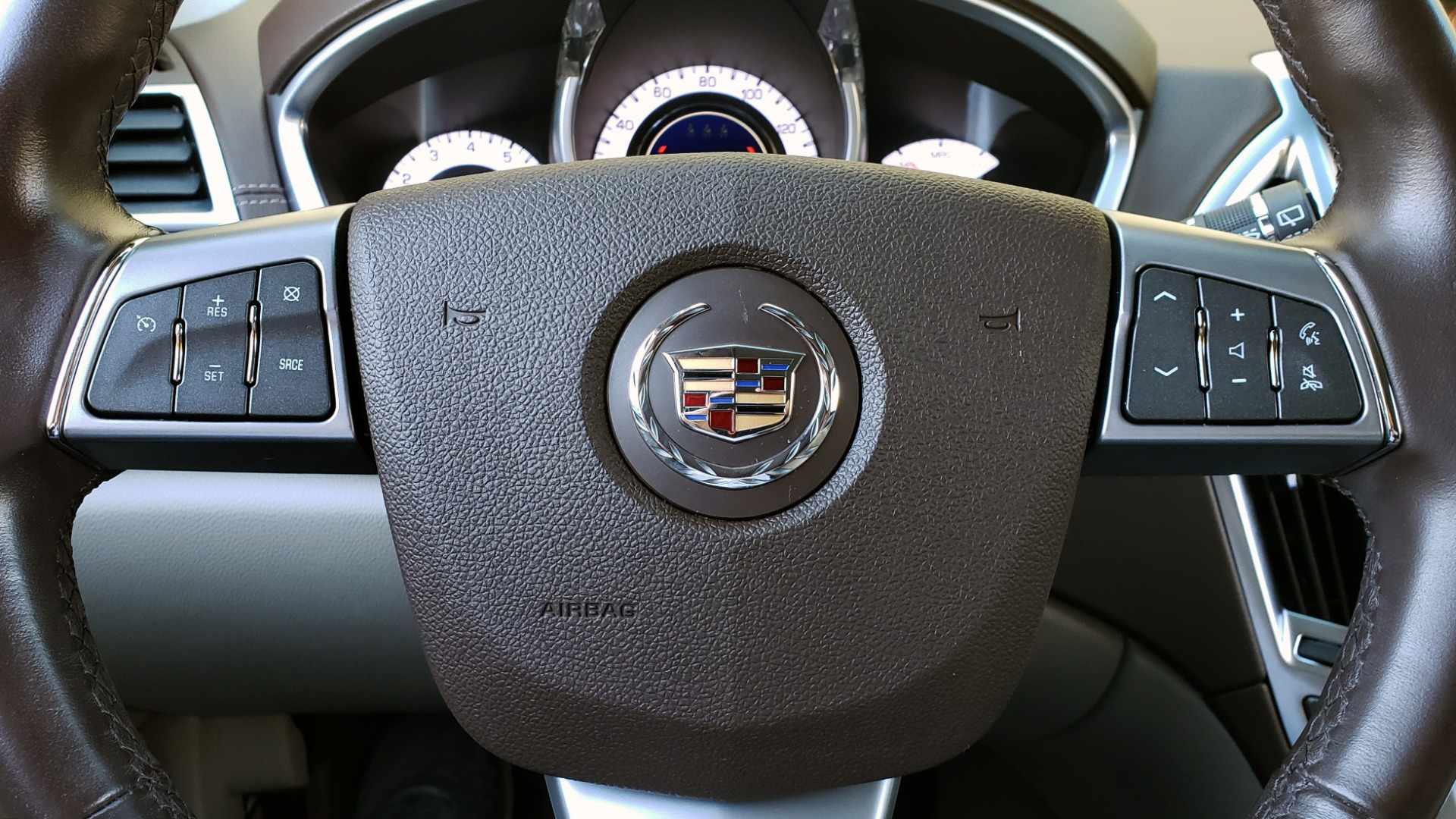 Used 2011 Cadillac SRX PERFORMANCE COLLECTION / ENT SYS / BOSE / REARVIEW for sale $15,999 at Formula Imports in Charlotte NC 28227 38