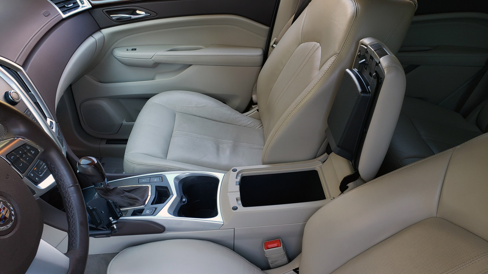 Used 2011 Cadillac SRX PERFORMANCE COLLECTION / ENT SYS / BOSE / REARVIEW for sale $15,999 at Formula Imports in Charlotte NC 28227 55