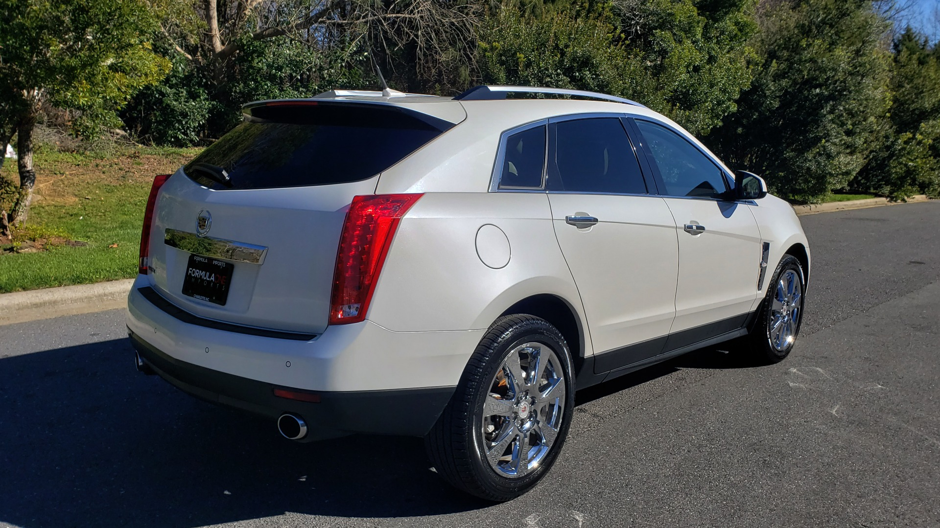 Used 2011 Cadillac SRX PERFORMANCE COLLECTION / ENT SYS / BOSE / REARVIEW for sale $15,999 at Formula Imports in Charlotte NC 28227 6