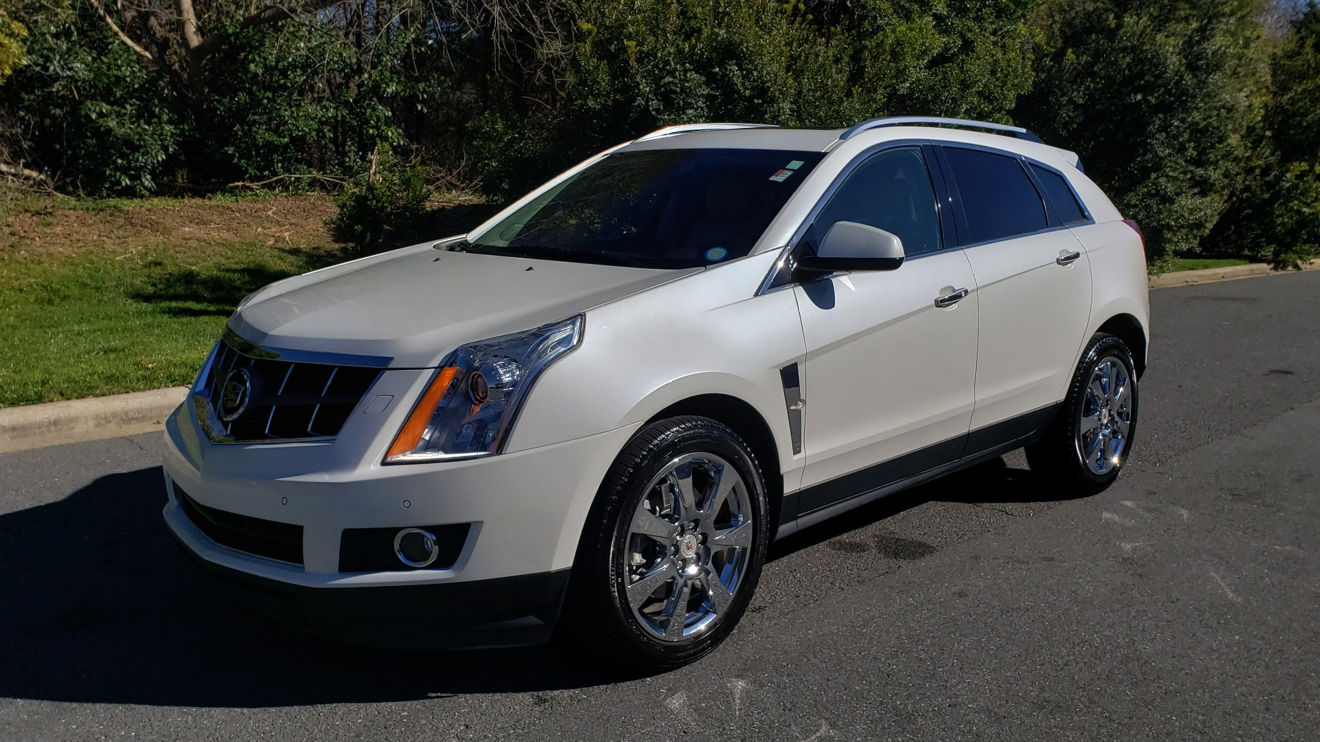 Used 2011 Cadillac SRX PERFORMANCE COLLECTION / ENT SYS / BOSE / REARVIEW for sale $15,999 at Formula Imports in Charlotte NC 28227 1