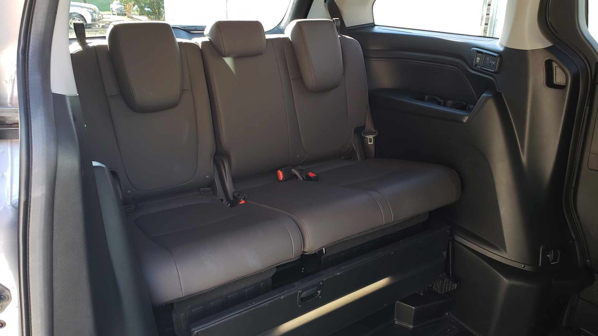 Used 2019 Honda ODYSSEY EX-L BRAUNABILITY / NAV / RES / LKA / BLUE-RAY / SUNROOF / REARVIEW for sale $49,999 at Formula Imports in Charlotte NC 28227 43