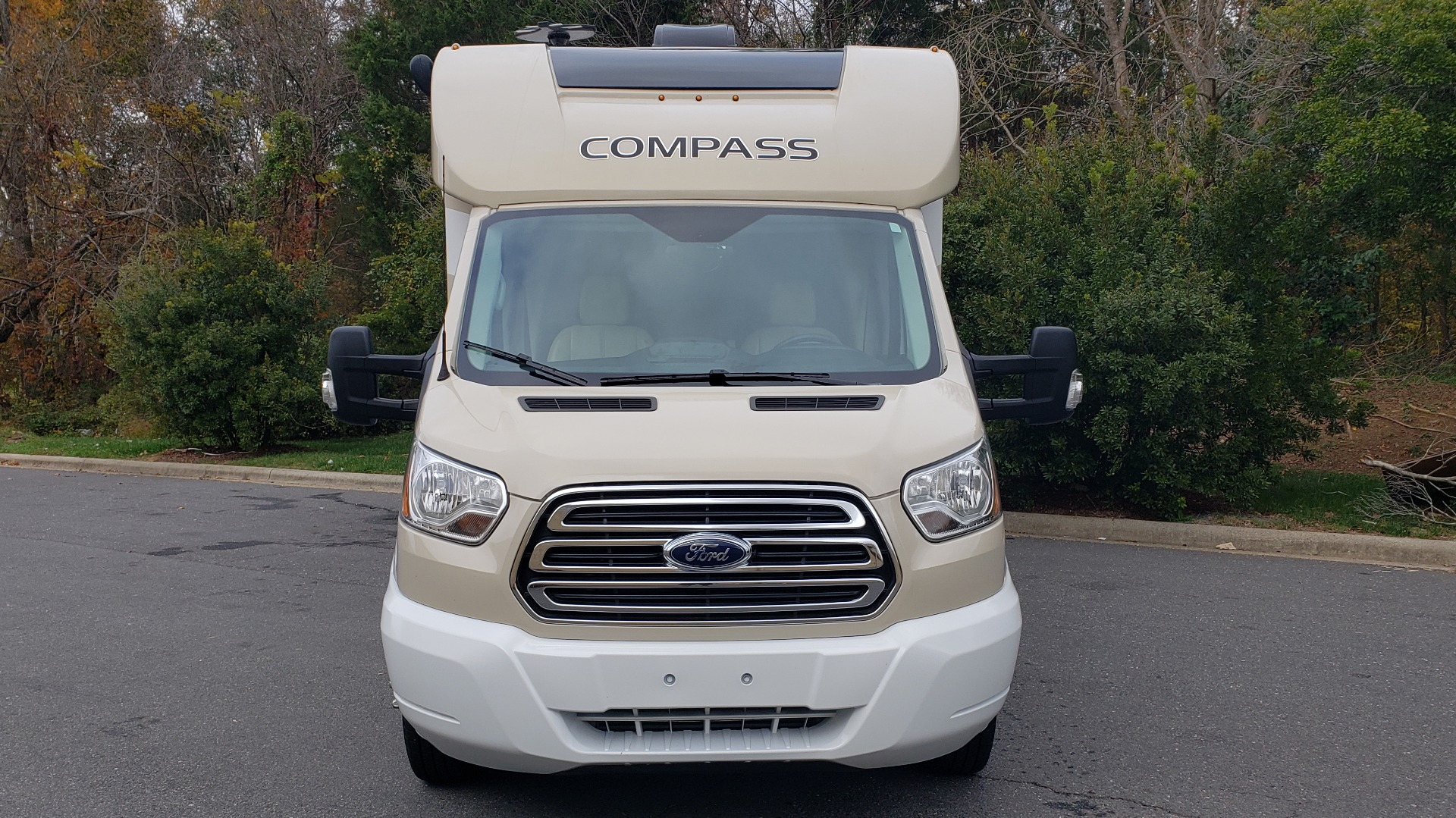 Used 2017 Ford TRANSIT 350 DRW THOR MOTOR COACH / 23TB RV / HEAD / SHOWER / KITCHEN for sale $68,995 at Formula Imports in Charlotte NC 28227 106