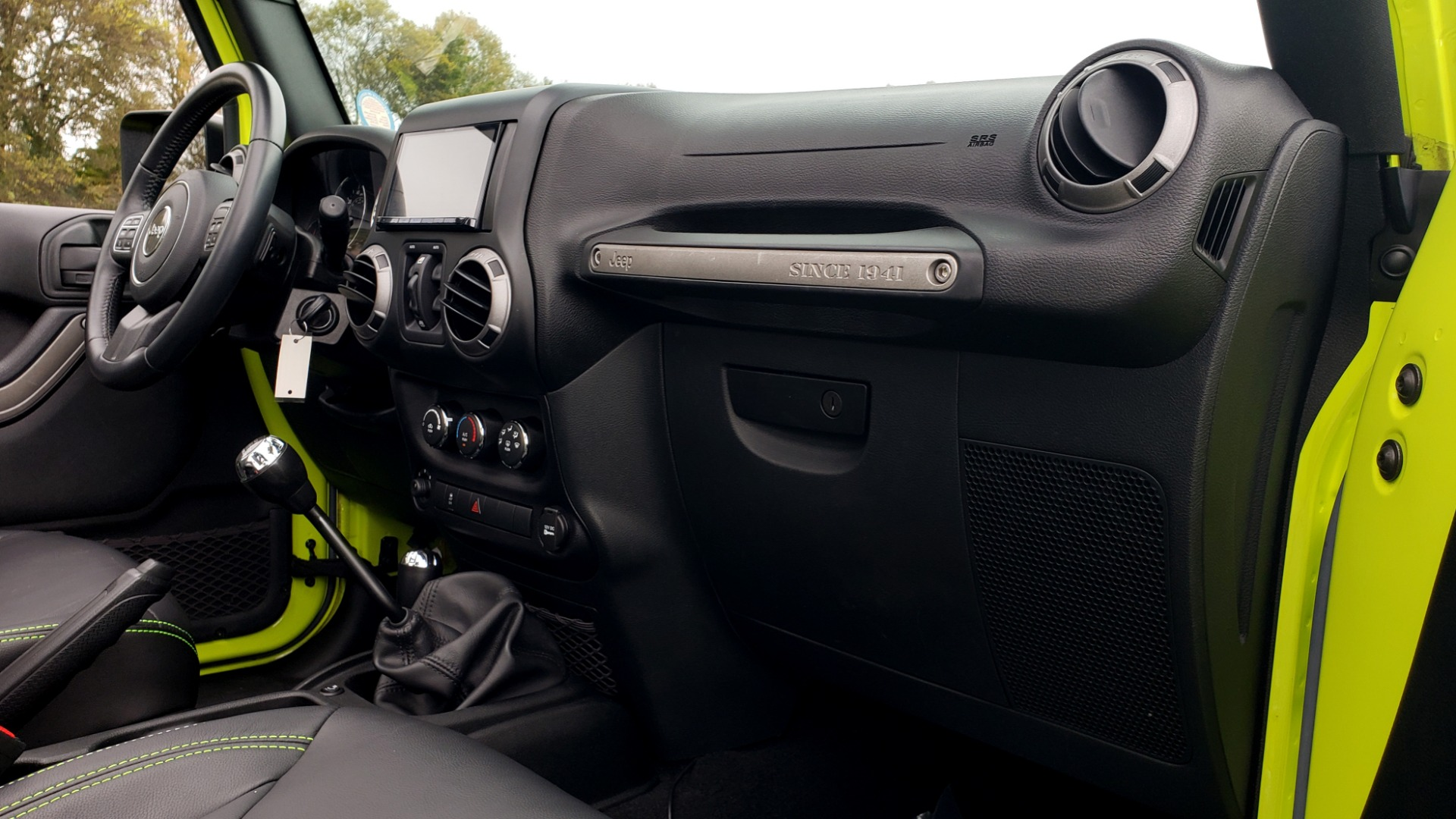 Used 2016 Jeep WRANGLER UNLIMITED SPORT 4X4 / POWER TOP / NAV / HTD STS / REARVIEW for sale $36,999 at Formula Imports in Charlotte NC 28227 72