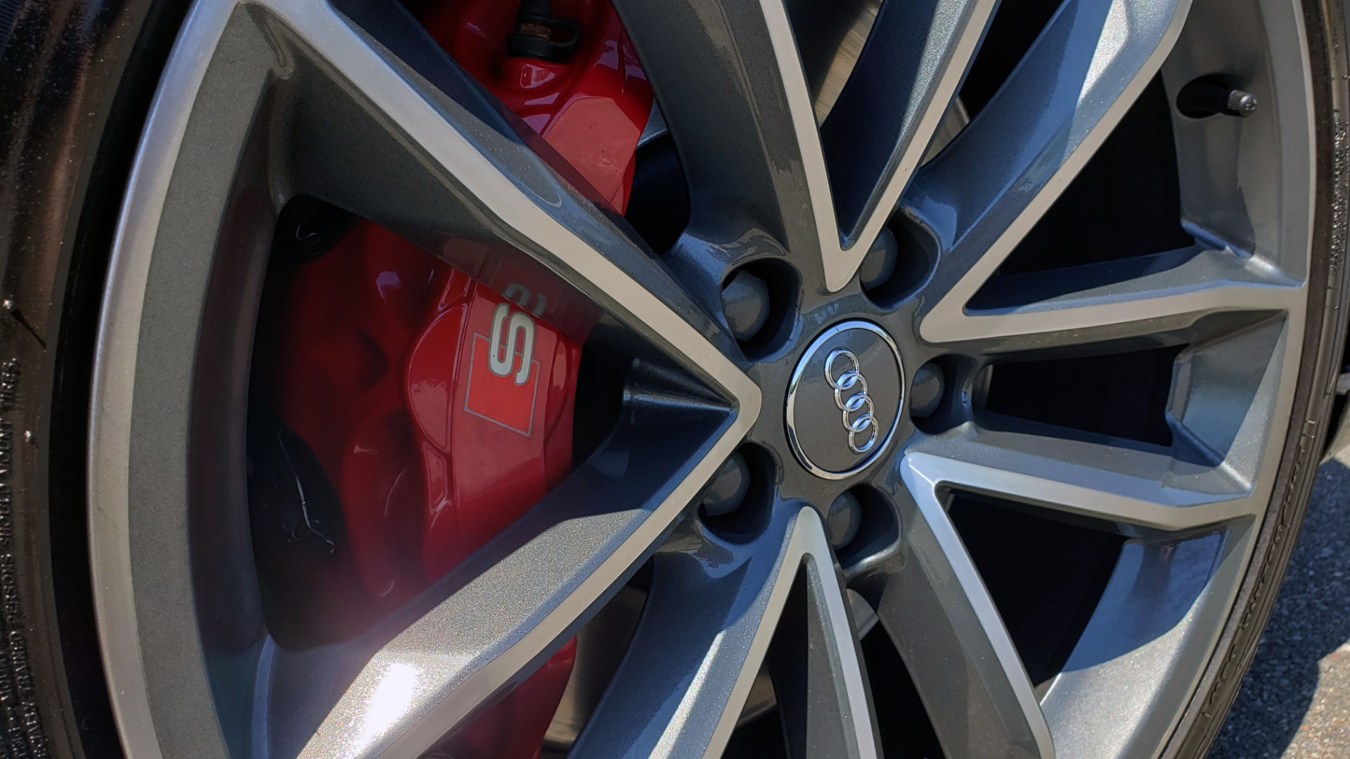 Used 2018 Audi S5 SPORTBACK PRESTIGE S-SPORT / NAV / SUNROOF / HUD / B&O SND / REARVIEW for sale $48,995 at Formula Imports in Charlotte NC 28227 76