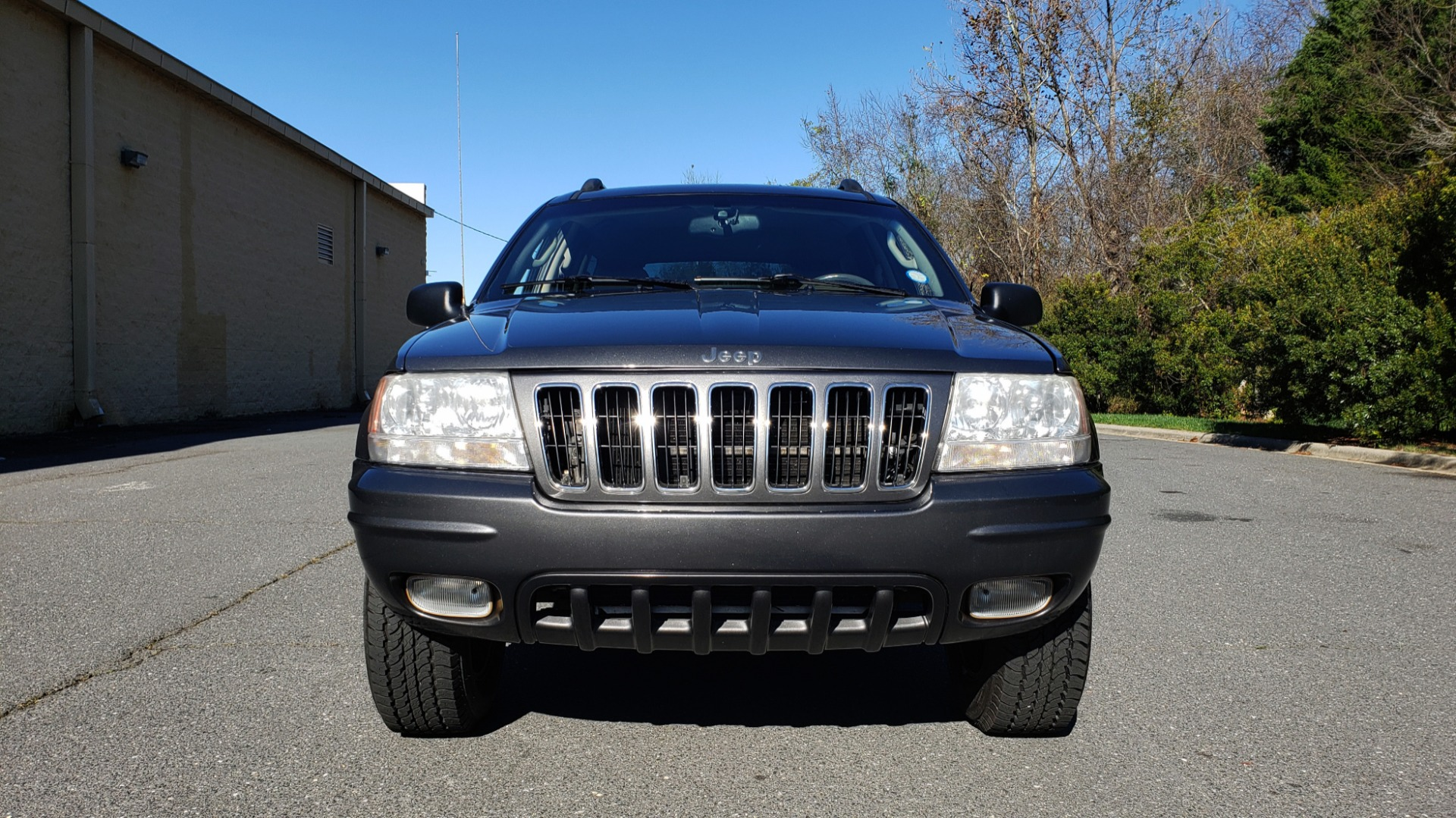 Used 2002 Jeep GRAND CHEROKEE LIMITED 4X4 / SUNROOF / 4.7L V8 / 5-SPD AUTO / CLD WTHR for sale Sold at Formula Imports in Charlotte NC 28227 24