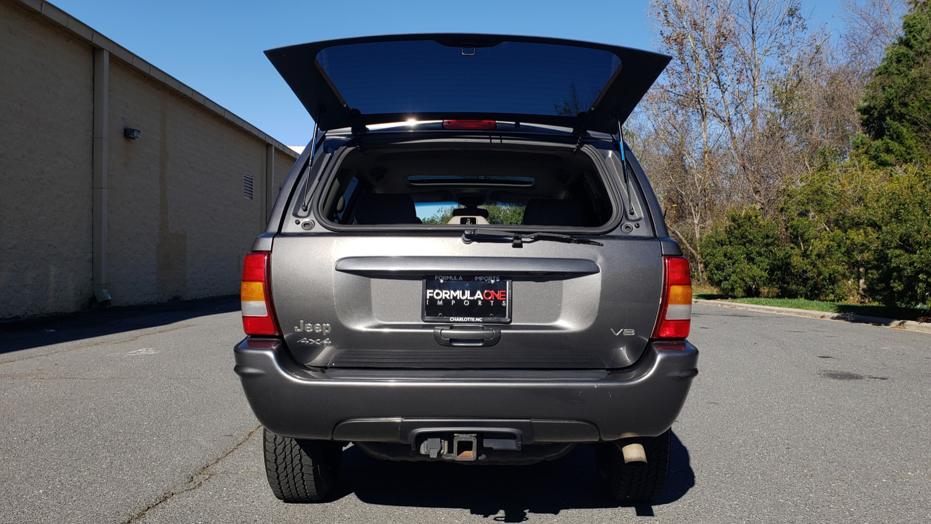 Used 2002 Jeep GRAND CHEROKEE LIMITED 4X4 / SUNROOF / 4.7L V8 / 5-SPD AUTO / CLD WTHR for sale Sold at Formula Imports in Charlotte NC 28227 37