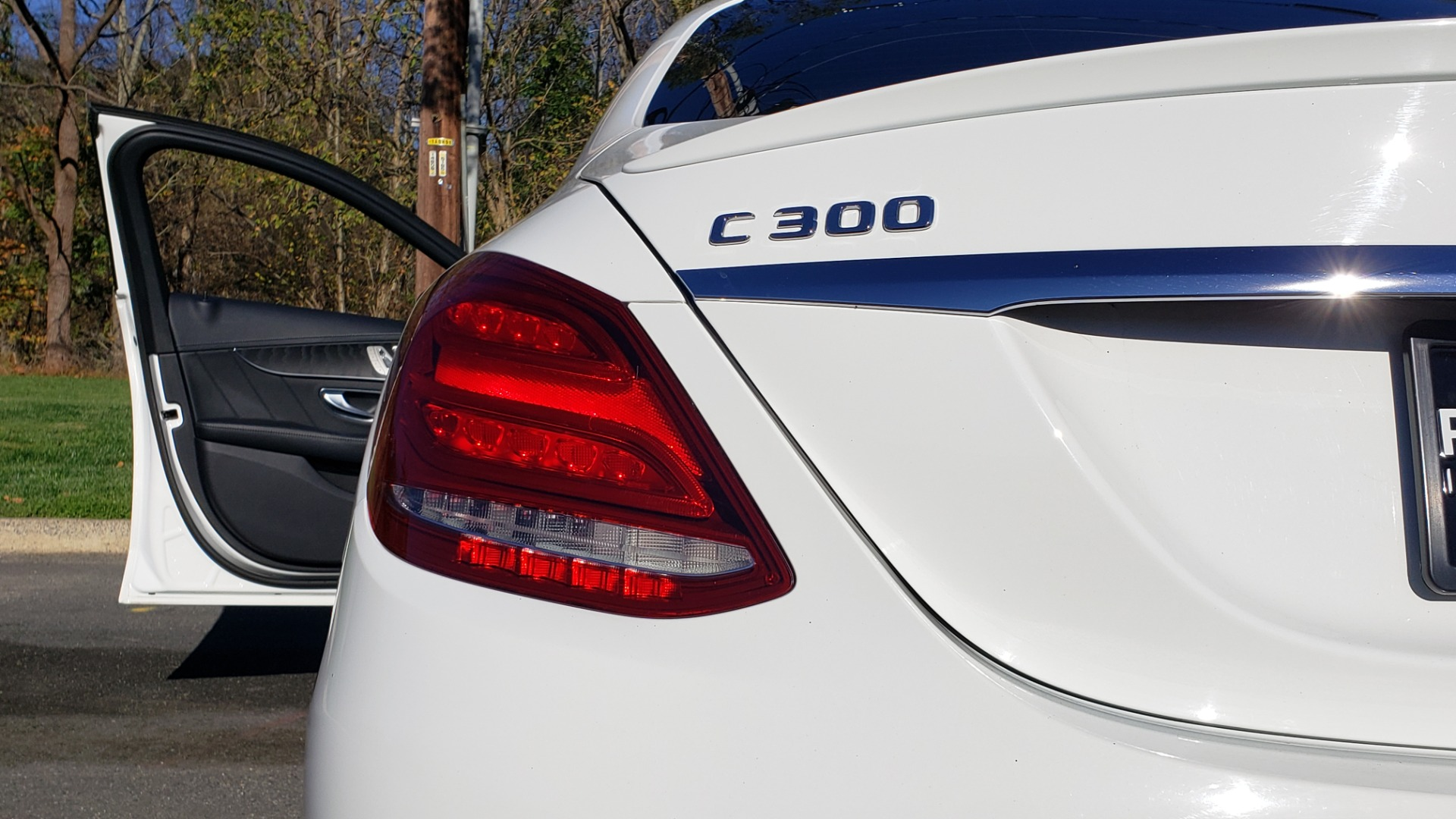 Used 2017 Mercedes-Benz C-CLASS C 300 SPORT / PREM PKG / PANO-ROOF / NAV / HTD STST / REARVIEW for sale Sold at Formula Imports in Charlotte NC 28227 22