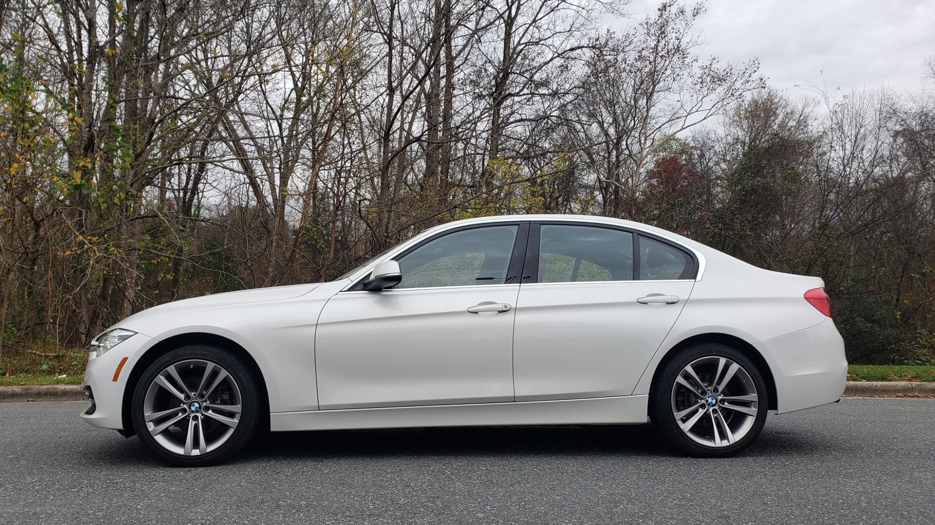 Used 2017 BMW 3 SERIES 330I XDRIVE PREMIUM / NAV / DRVR ASST / CLD WTHR / REARVIEW for sale $24,695 at Formula Imports in Charlotte NC 28227 2