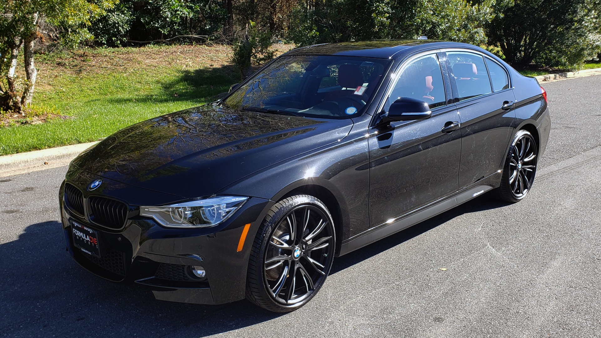 Used 2017 BMW 3 SERIES 330IXDRIVE M-SPORT / PREMIUM / DRVR ASST / CLD WTHR / NAV / APPLE CARPLAY for sale $27,495 at Formula Imports in Charlotte NC 28227 2