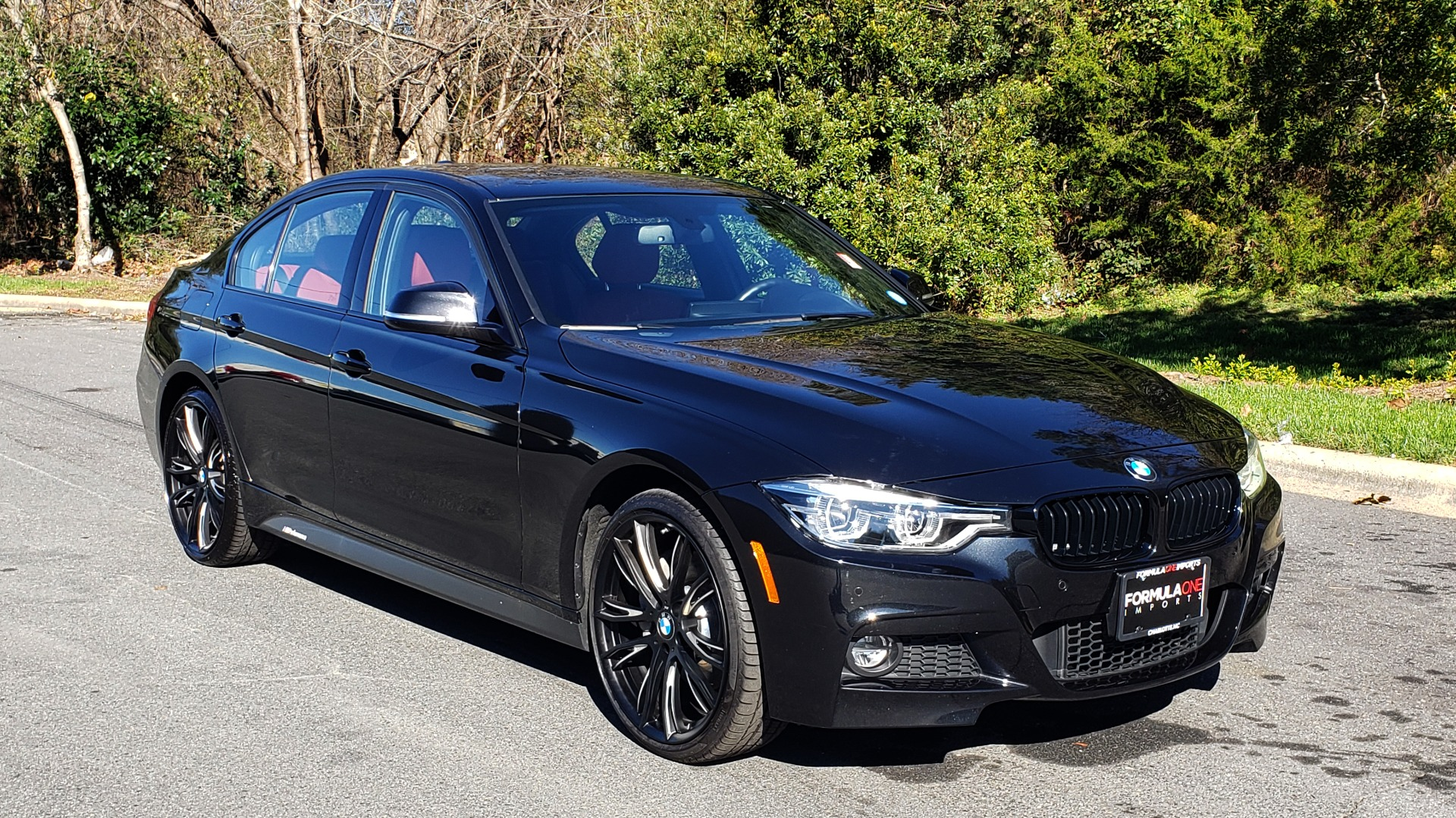 Used 2017 BMW 3 SERIES 330IXDRIVE M-SPORT / PREMIUM / DRVR ASST / CLD WTHR / NAV / APPLE CARPLAY for sale $27,495 at Formula Imports in Charlotte NC 28227 5