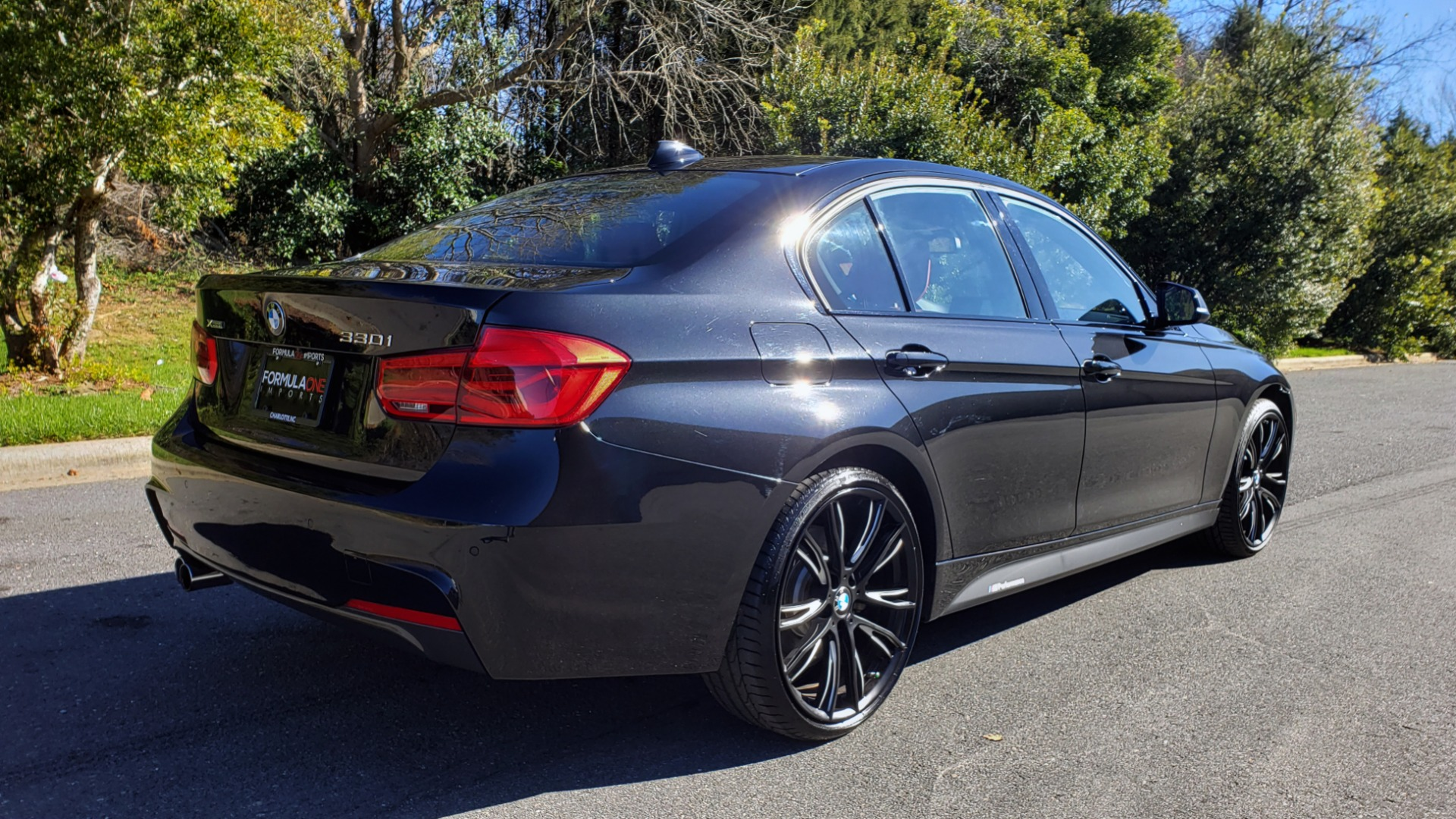 Used 2017 BMW 3 SERIES 330IXDRIVE M-SPORT / PREMIUM / DRVR ASST / CLD WTHR / NAV / APPLE CARPLAY for sale $27,495 at Formula Imports in Charlotte NC 28227 7