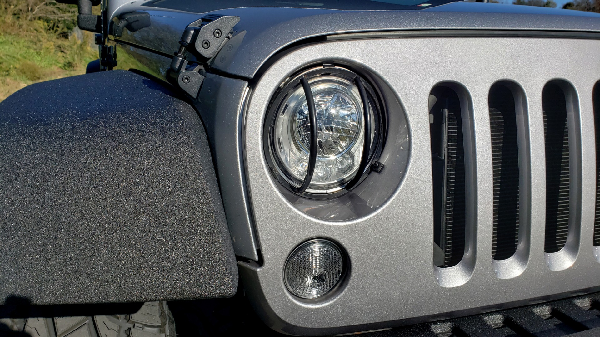 Used 2017 Jeep WRANGLER SPORT 4X4 / 3.6L V6 / MANUAL / AIR / LED LIGHTING / TOW GRP / AL for sale $31,900 at Formula Imports in Charlotte NC 28227 13