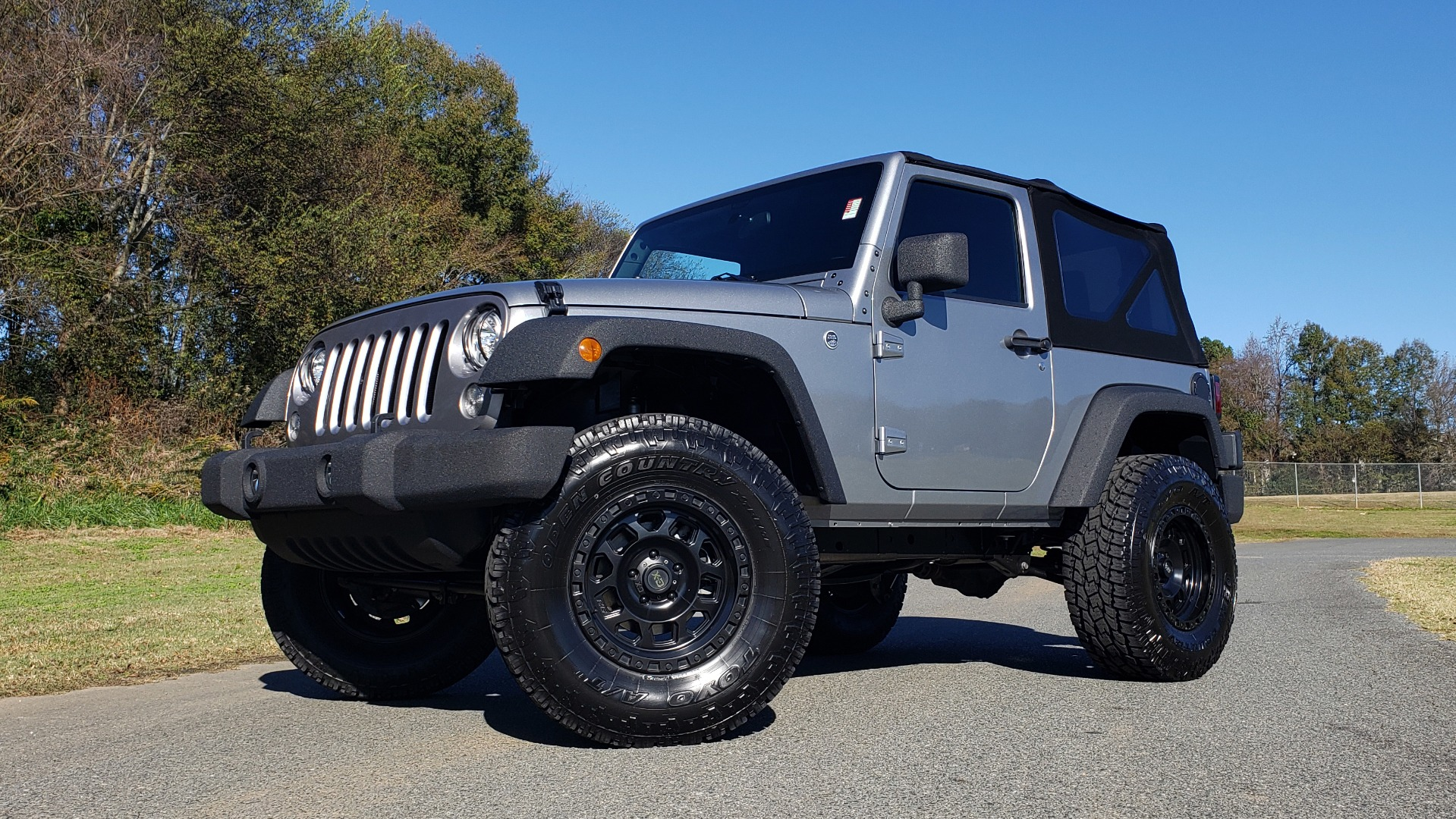 Used 2017 Jeep WRANGLER SPORT 4X4 / 3.6L V6 / MANUAL / AIR / LED LIGHTING / TOW GRP / AL for sale $26,495 at Formula Imports in Charlotte NC 28227 1