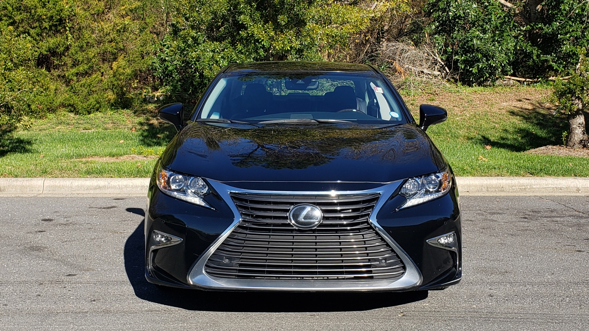 Used 2017 Lexus ES 350 PREMIUM / NAV / SUNROOF / BSM / VENT STS / REARVIEW for sale $24,795 at Formula Imports in Charlotte NC 28227 14