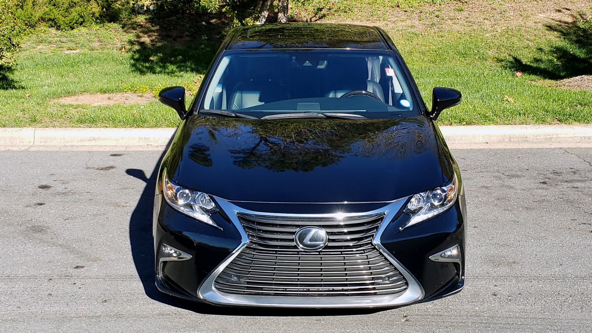 Used 2017 Lexus ES 350 PREMIUM / NAV / SUNROOF / BSM / VENT STS / REARVIEW for sale $24,795 at Formula Imports in Charlotte NC 28227 17