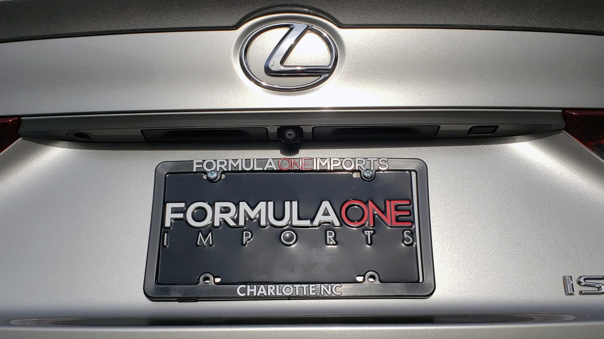 Used 2017 Lexus IS 200 TURBO F-SPORT / BSM / SUNROOF / VENT SEATS / REARVIEW for sale $24,945 at Formula Imports in Charlotte NC 28227 28
