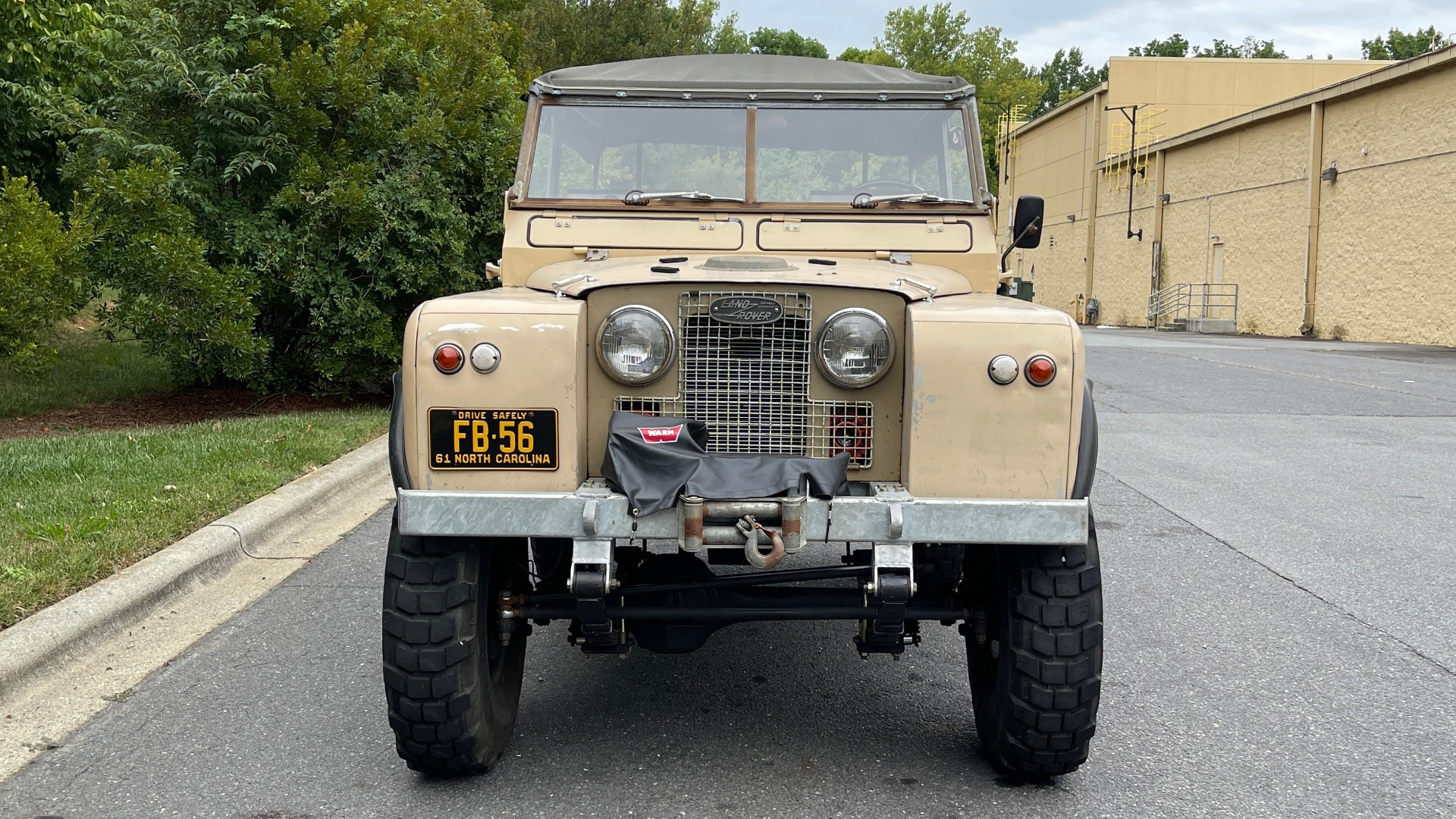 Used 1960 Land Rover 88 SERIES II VORTEC 4.8L V8 / 4X4 / 4-SPEED MANUAL / LIFTED / SOFT-TOP for sale $40,995 at Formula Imports in Charlotte NC 28227 12