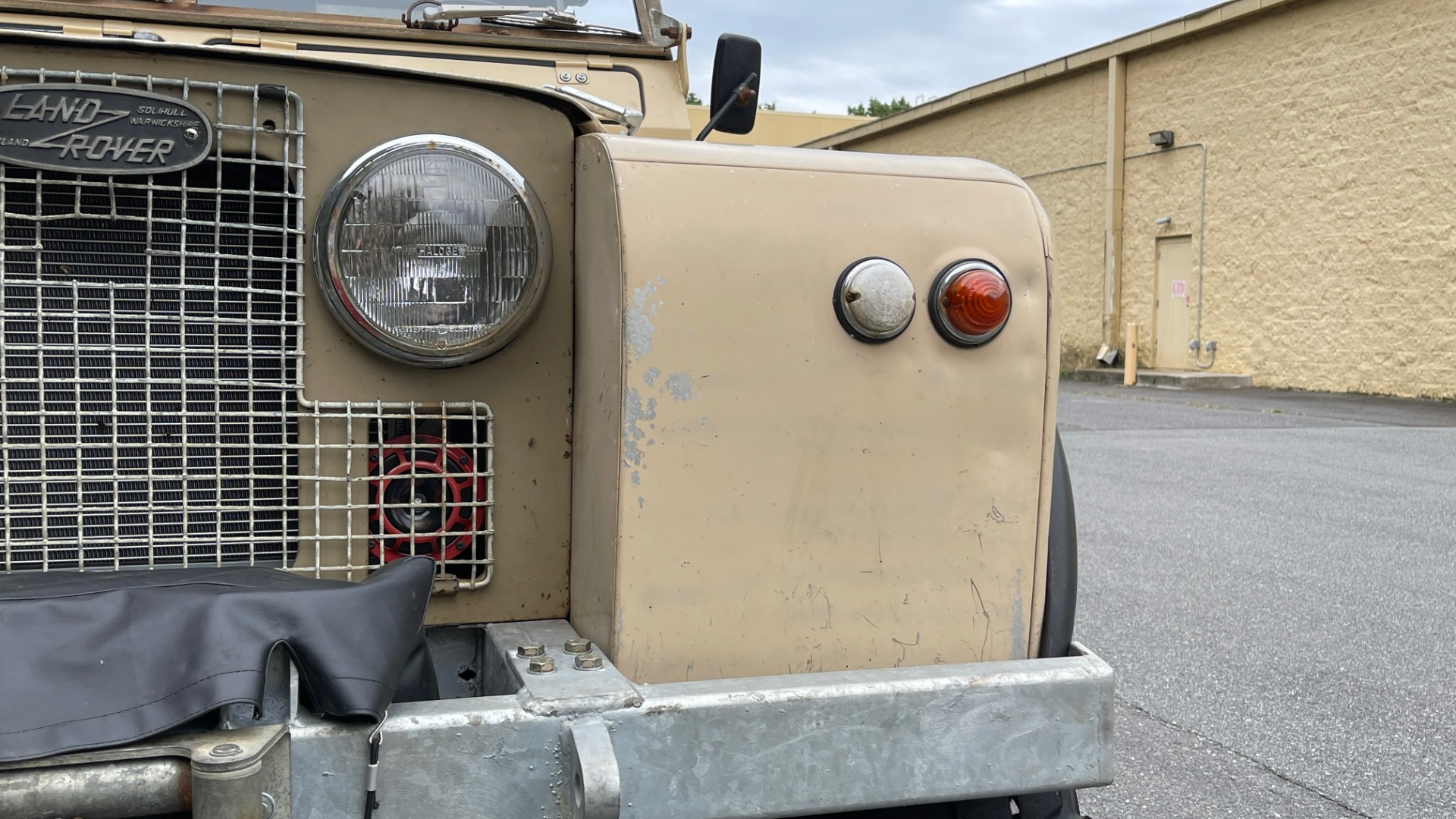 Used 1960 Land Rover 88 SERIES II VORTEC 4.8L V8 / 4X4 / 4-SPEED MANUAL / LIFTED / SOFT-TOP for sale $40,995 at Formula Imports in Charlotte NC 28227 14