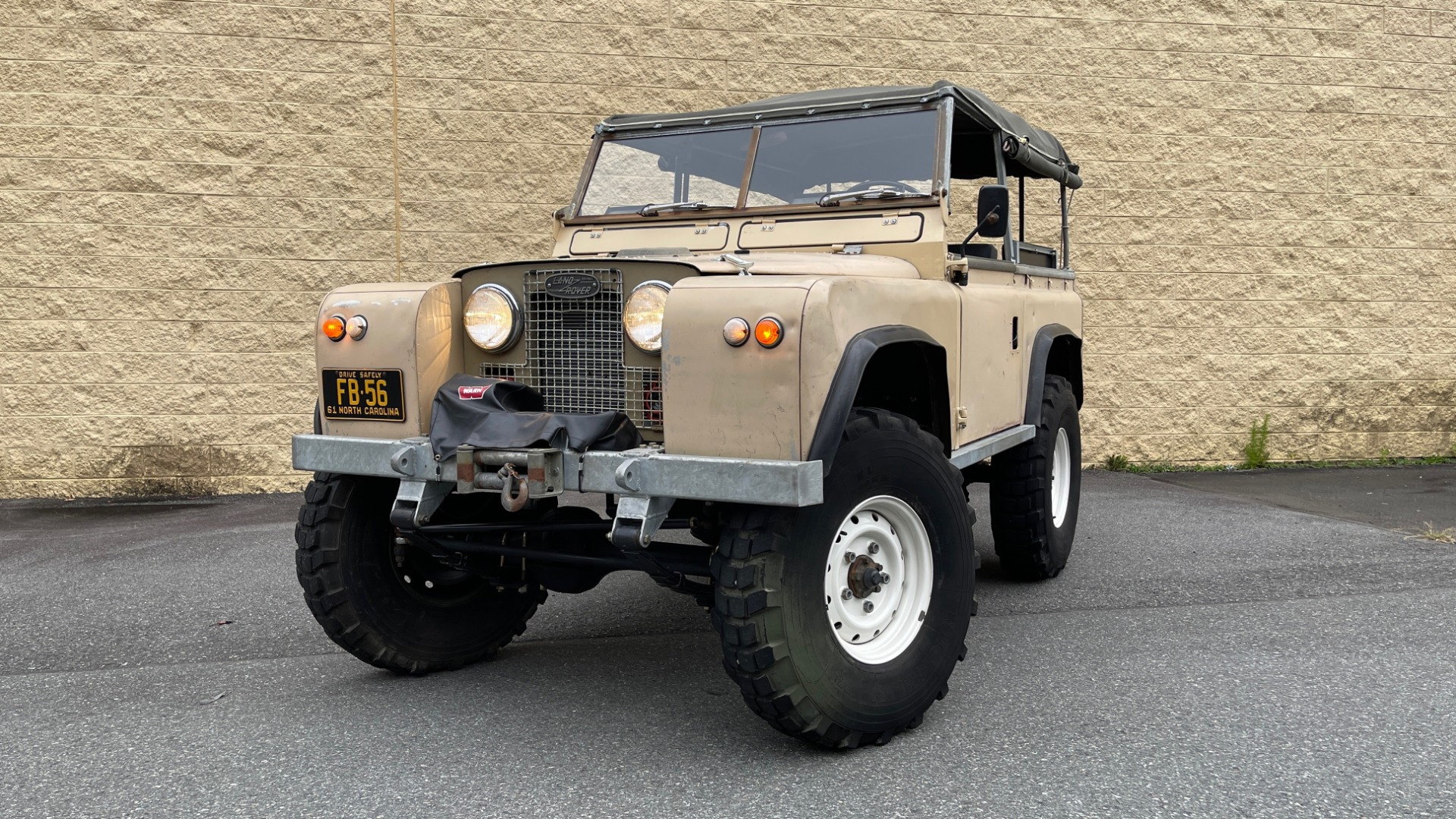 Used 1960 Land Rover 88 SERIES II VORTEC 4.8L V8 / 4X4 / 4-SPEED MANUAL / LIFTED / SOFT-TOP for sale $40,995 at Formula Imports in Charlotte NC 28227 3