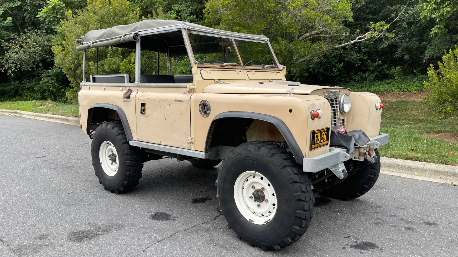 Used 1960 Land Rover 88 SERIES II VORTEC 4.8L V8 / 4X4 / 4-SPEED MANUAL / LIFTED / SOFT-TOP for sale $40,995 at Formula Imports in Charlotte NC 28227 39