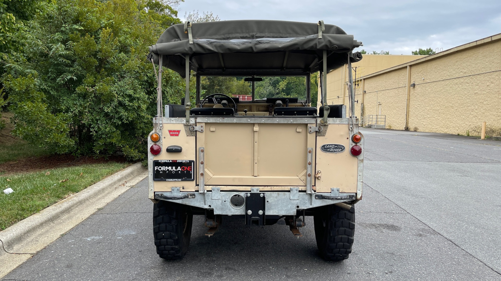 Used 1960 Land Rover 88 SERIES II VORTEC 4.8L V8 / 4X4 / 4-SPEED MANUAL / LIFTED / SOFT-TOP for sale $40,995 at Formula Imports in Charlotte NC 28227 7