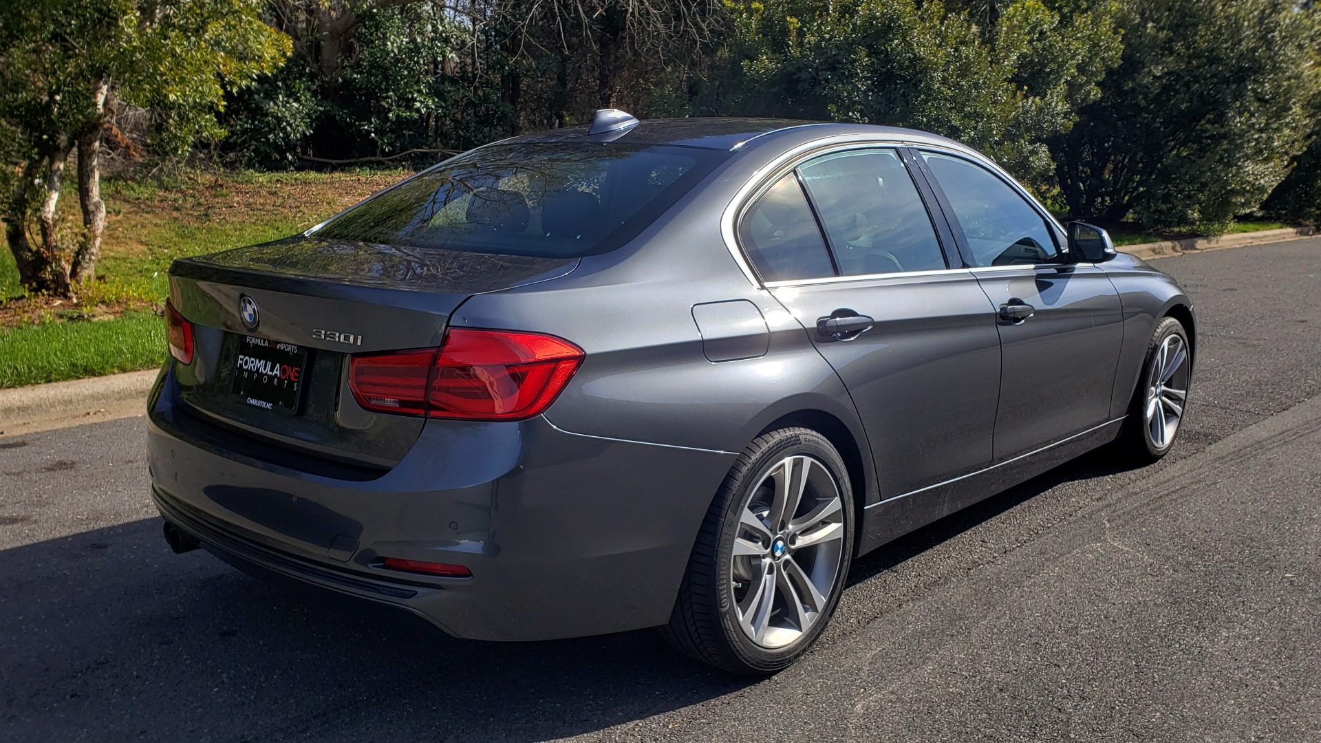 Used 2017 BMW 3 SERIES 330I PREMIUM / DRVR ASST / NAV / SUNROOF / HTD STS / REARVIEW for sale Sold at Formula Imports in Charlotte NC 28227 6