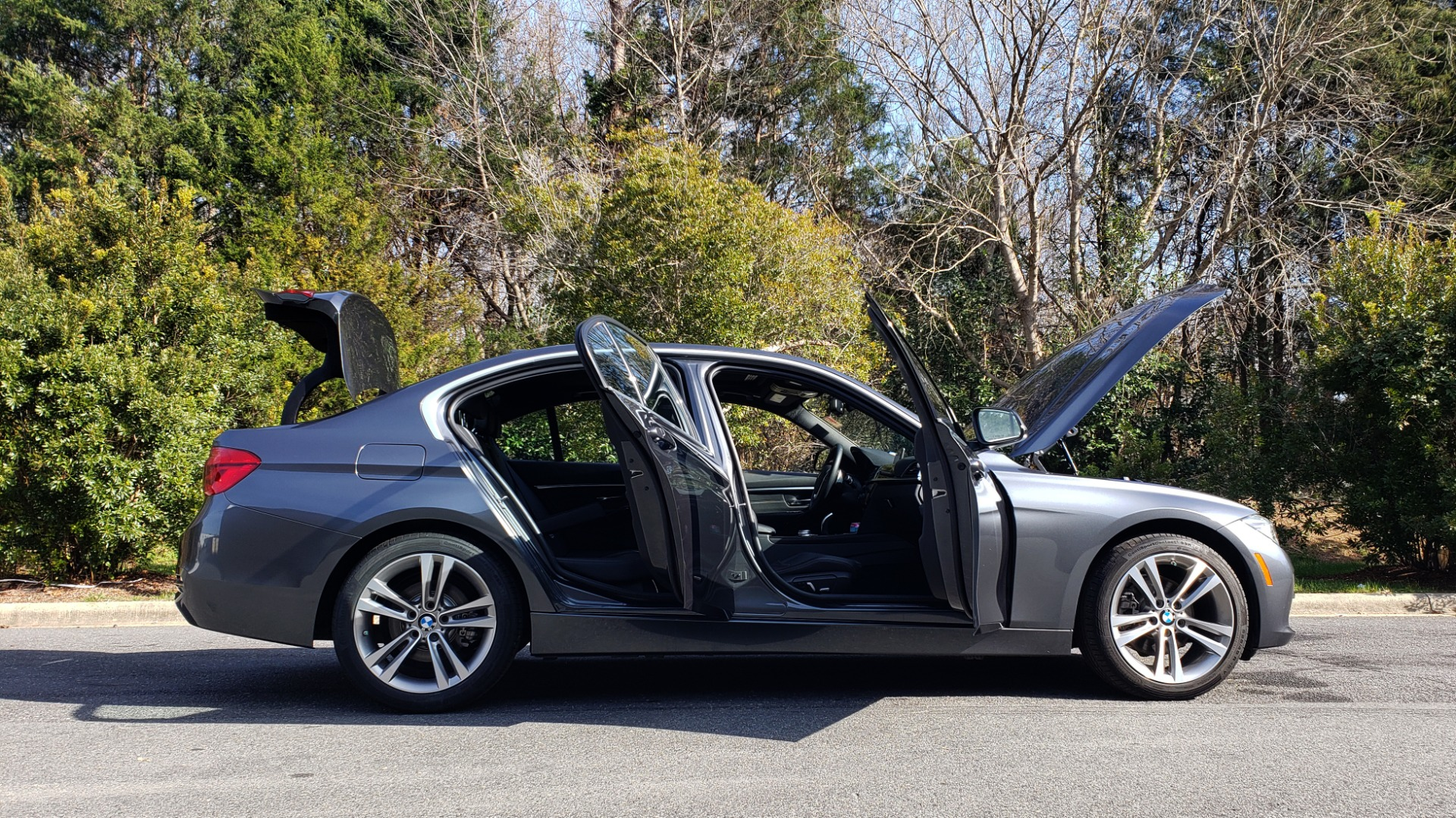 Used 2017 BMW 3 SERIES 330I PREMIUM / DRVR ASST / NAV / SUNROOF / HTD STS / REARVIEW for sale Sold at Formula Imports in Charlotte NC 28227 8
