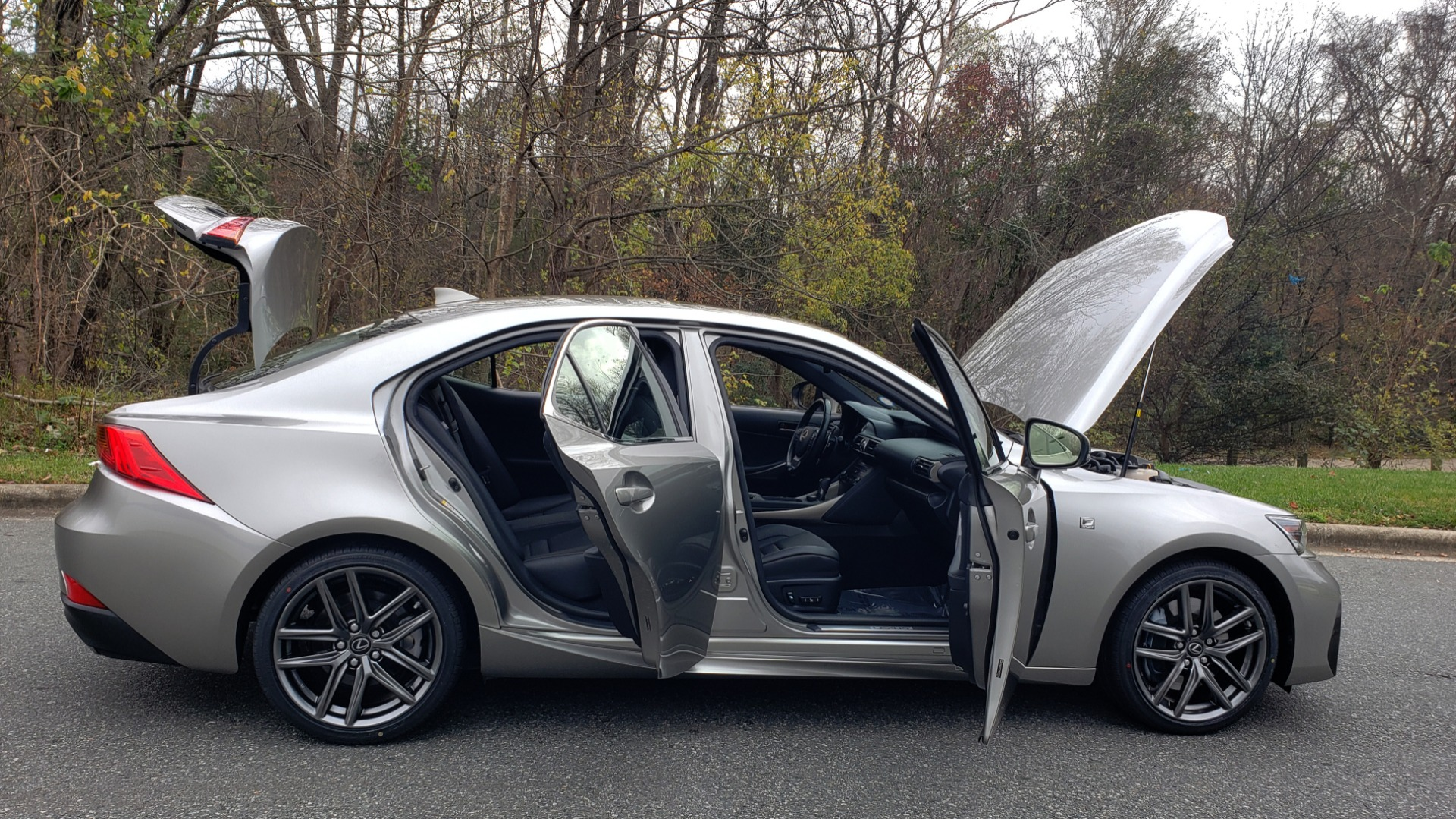 Used 2017 Lexus IS 200 TURBO F-SPORT / BSM / SUNROOF / VENT SEATS / REARVIEW for sale Sold at Formula Imports in Charlotte NC 28227 15