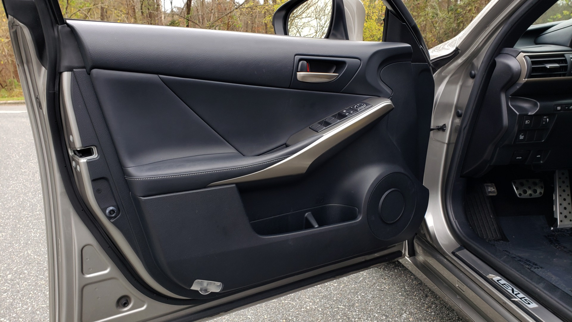 Used 2017 Lexus IS 200 TURBO F-SPORT / BSM / SUNROOF / VENT SEATS / REARVIEW for sale Sold at Formula Imports in Charlotte NC 28227 35