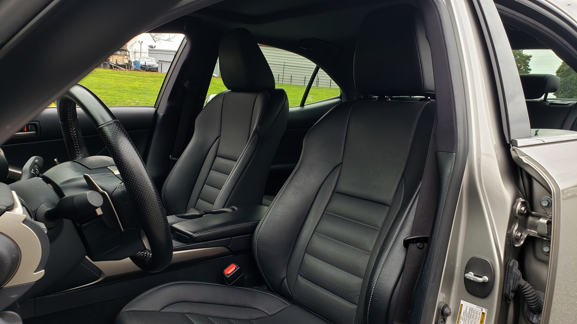 Used 2017 Lexus IS 200 TURBO F-SPORT / BSM / SUNROOF / VENT SEATS / REARVIEW for sale Sold at Formula Imports in Charlotte NC 28227 39