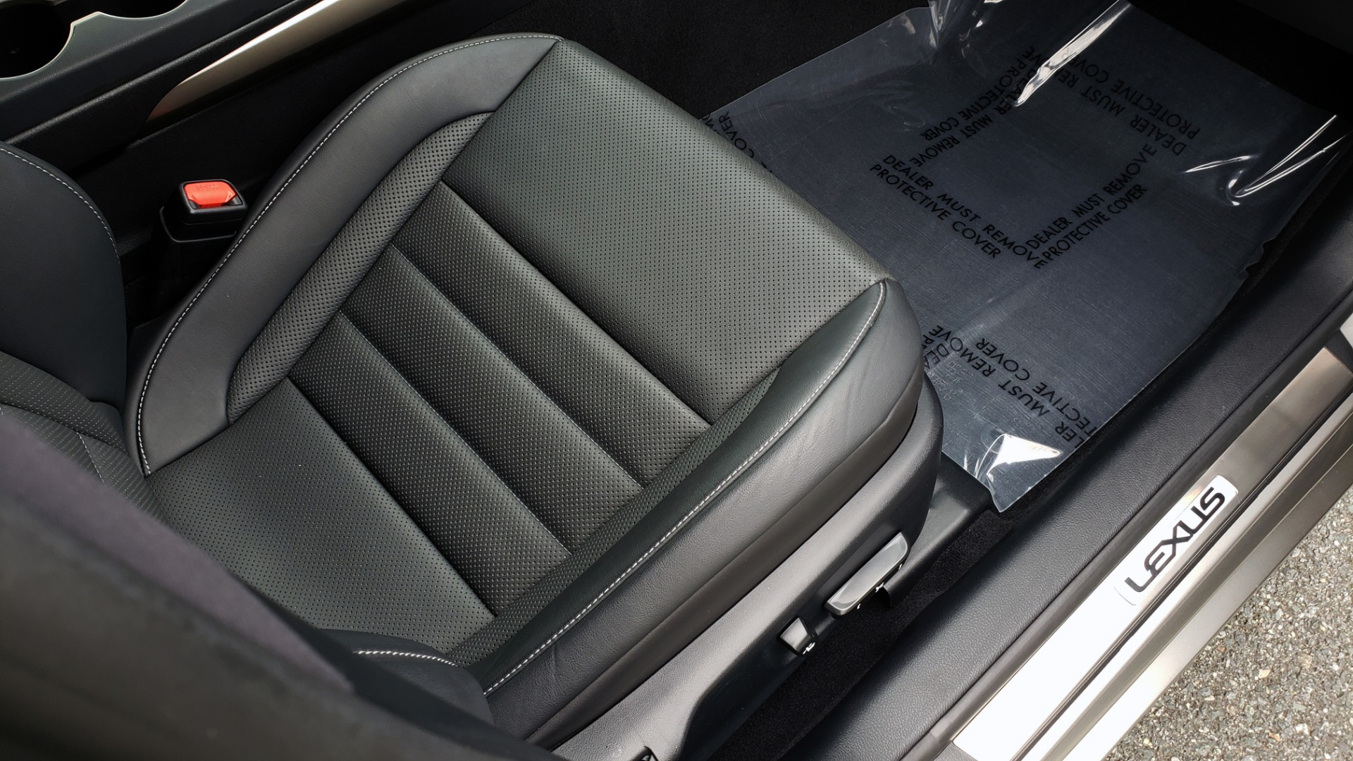 Used 2017 Lexus IS 200 TURBO F-SPORT / BSM / SUNROOF / VENT SEATS / REARVIEW for sale Sold at Formula Imports in Charlotte NC 28227 68