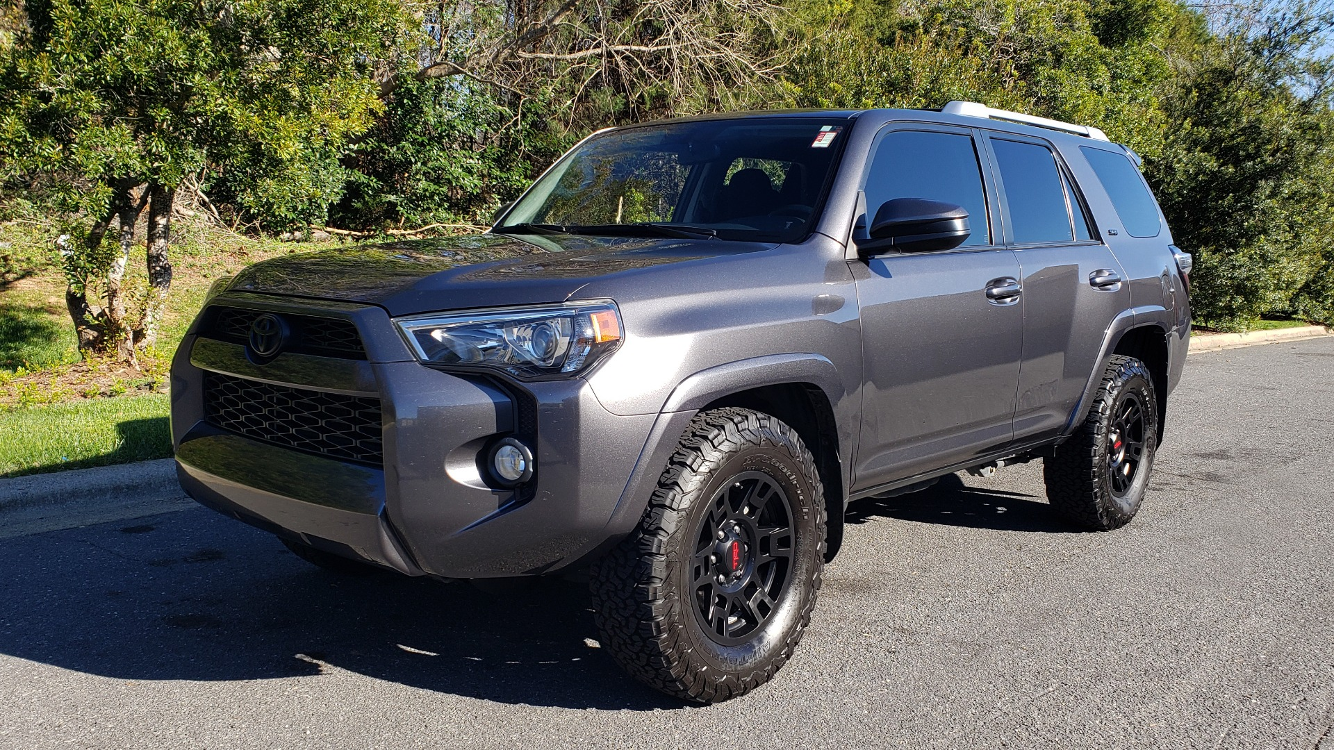 Used 2016 Toyota 4RUNNER SR5 4X2 V6 / NAV / ENTUNE PREM AUDIO / REARVIEW for sale Sold at Formula Imports in Charlotte NC 28227 3