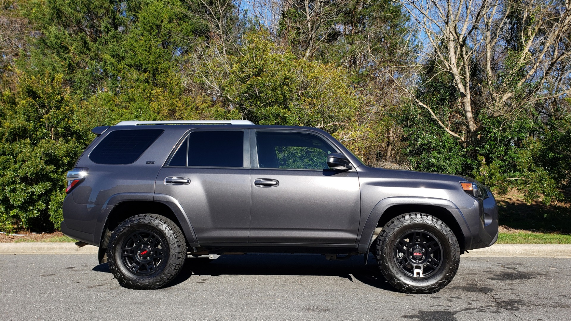 Used 2016 Toyota 4RUNNER SR5 4X2 V6 / NAV / ENTUNE PREM AUDIO / REARVIEW for sale Sold at Formula Imports in Charlotte NC 28227 7