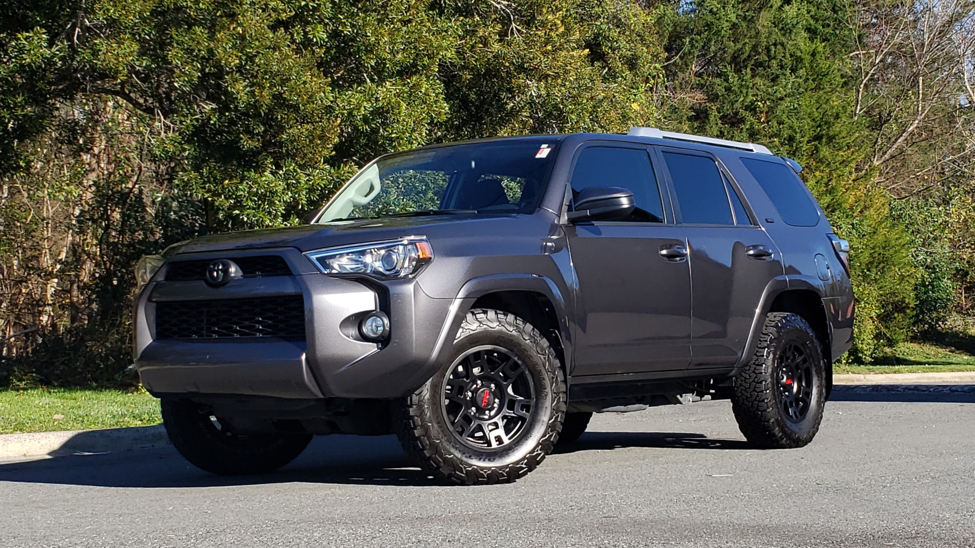 Used 2016 Toyota 4RUNNER SR5 4X2 V6 / NAV / ENTUNE PREM AUDIO / REARVIEW for sale Sold at Formula Imports in Charlotte NC 28227 1