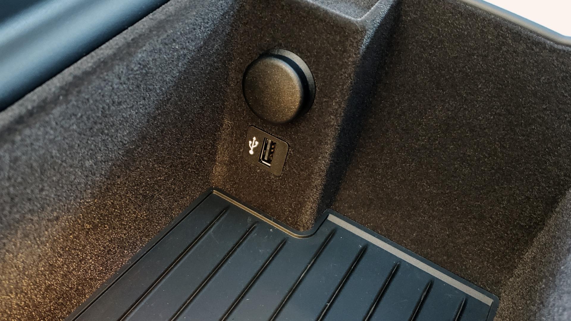 Used 2018 BMW 5 SERIES 540I M-SPORT / DRVR ASST / EXEC PKG / NAV / SUNROOF / HUD / REARVIEW for sale Sold at Formula Imports in Charlotte NC 28227 59