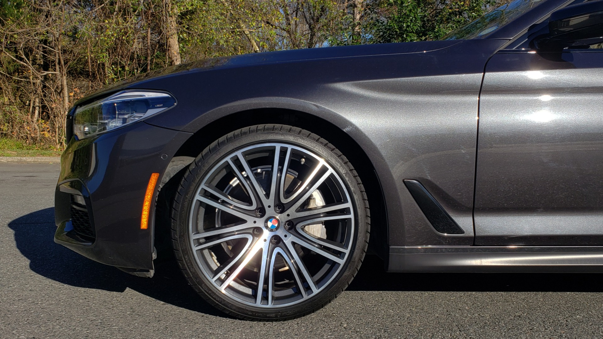 Used 2018 BMW 5 SERIES 540I M-SPORT / DRVR ASST / EXEC PKG / NAV / SUNROOF / HUD / REARVIEW for sale Sold at Formula Imports in Charlotte NC 28227 78