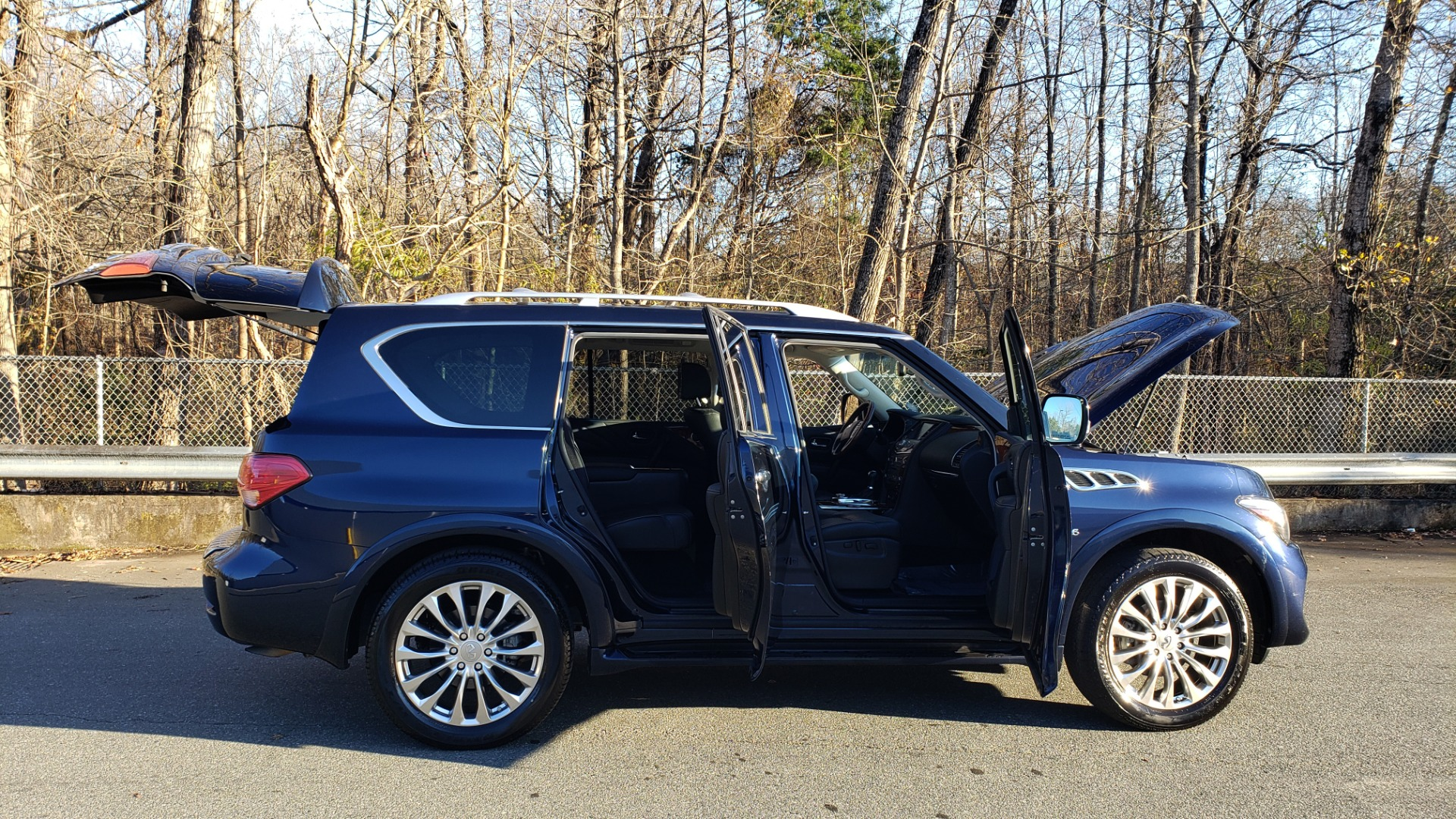 Used 2017 INFINITI QX80 4WD / NAV / SUNROOF / 3-ROW / THEATER PKG / REARVIEW for sale Sold at Formula Imports in Charlotte NC 28227 10