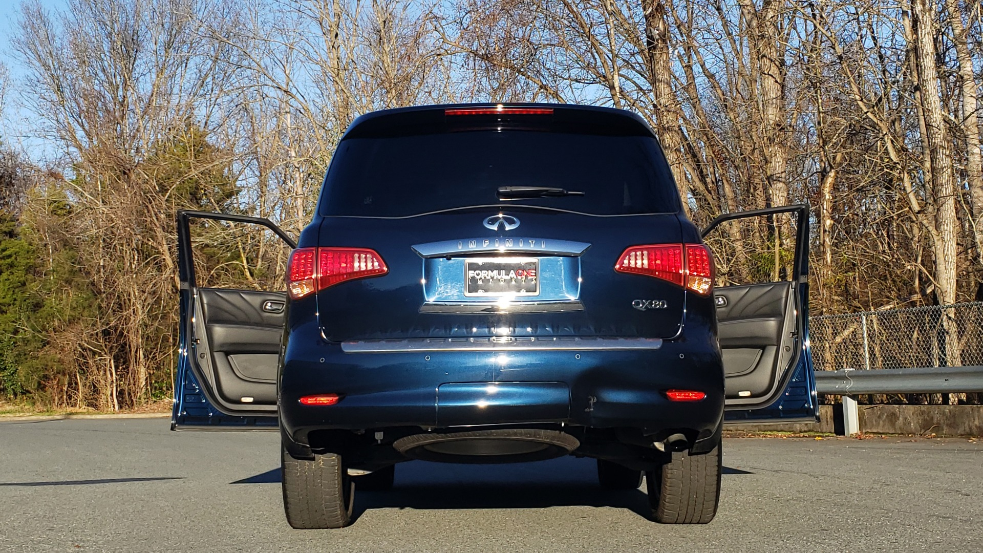 Used 2017 INFINITI QX80 4WD / NAV / SUNROOF / 3-ROW / THEATER PKG / REARVIEW for sale $46,495 at Formula Imports in Charlotte NC 28227 29