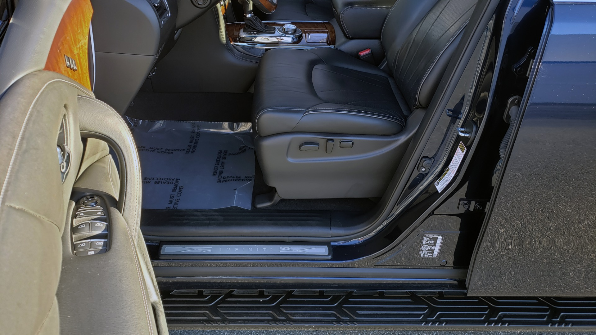 Used 2017 INFINITI QX80 4WD / NAV / SUNROOF / 3-ROW / THEATER PKG / REARVIEW for sale Sold at Formula Imports in Charlotte NC 28227 34