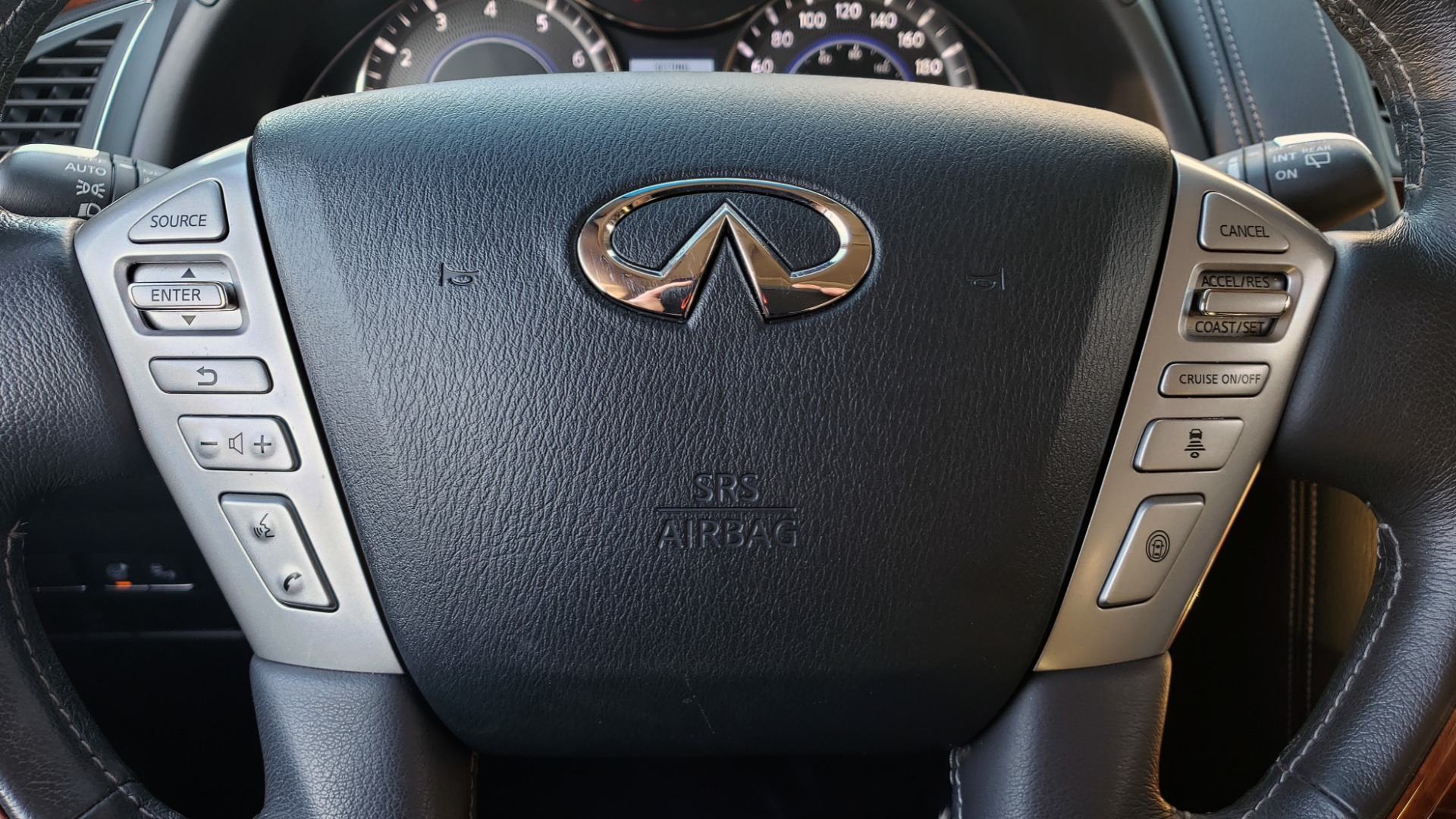 Used 2017 INFINITI QX80 4WD / NAV / SUNROOF / 3-ROW / THEATER PKG / REARVIEW for sale Sold at Formula Imports in Charlotte NC 28227 44