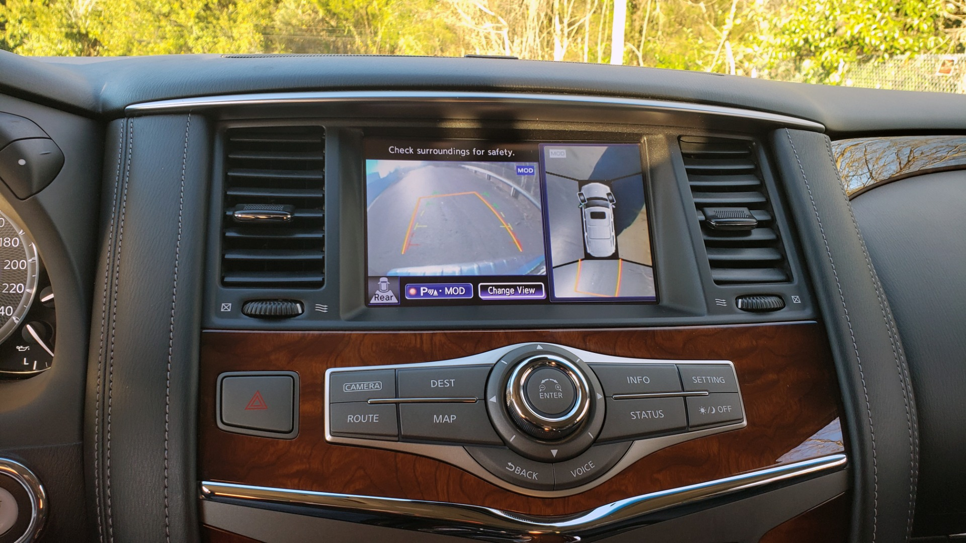 Used 2017 INFINITI QX80 4WD / NAV / SUNROOF / 3-ROW / THEATER PKG / REARVIEW for sale Sold at Formula Imports in Charlotte NC 28227 49
